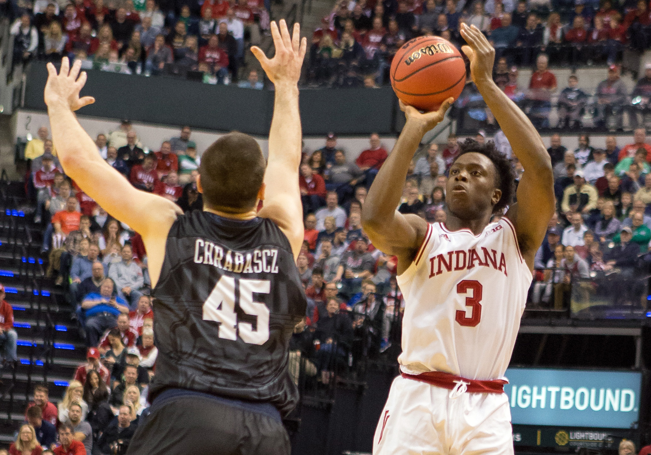 9751765-ncaa-basketball-crossroads-classic-butler-at-indiana-1
