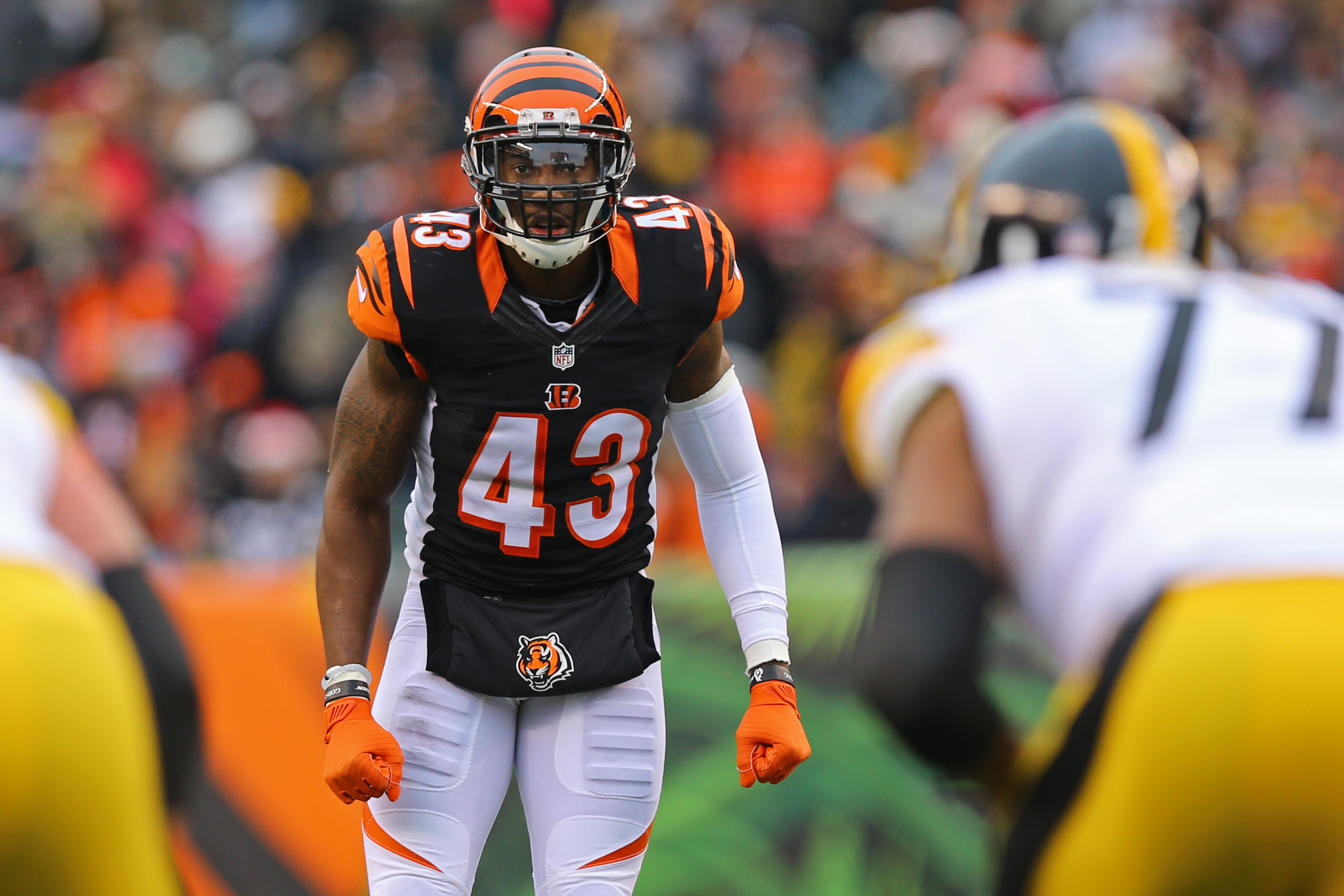 9762334-nfl-pittsburgh-steelers-at-cincinnati-bengals