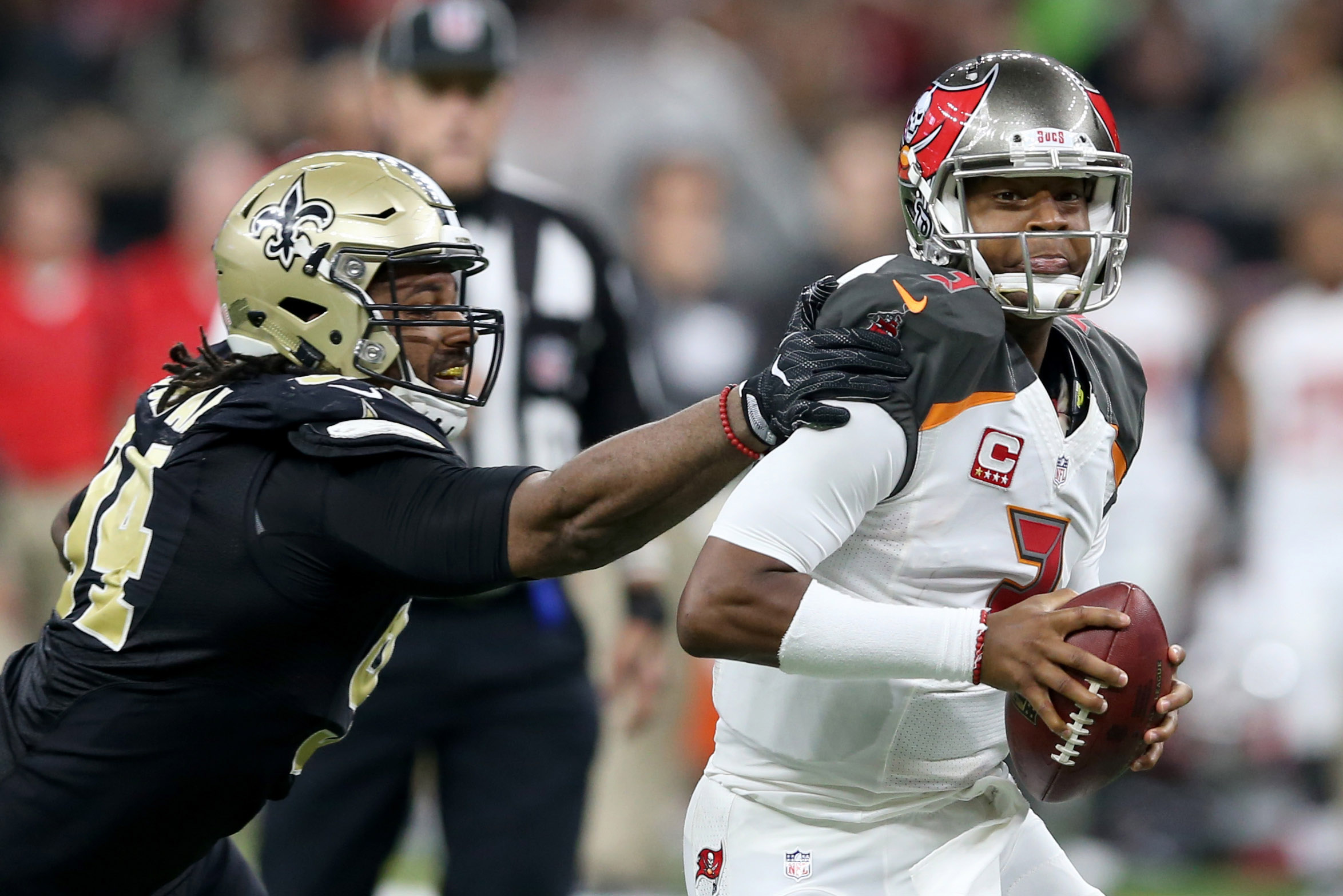 9767677-nfl-tampa-bay-buccaneers-at-new-orleans-saints