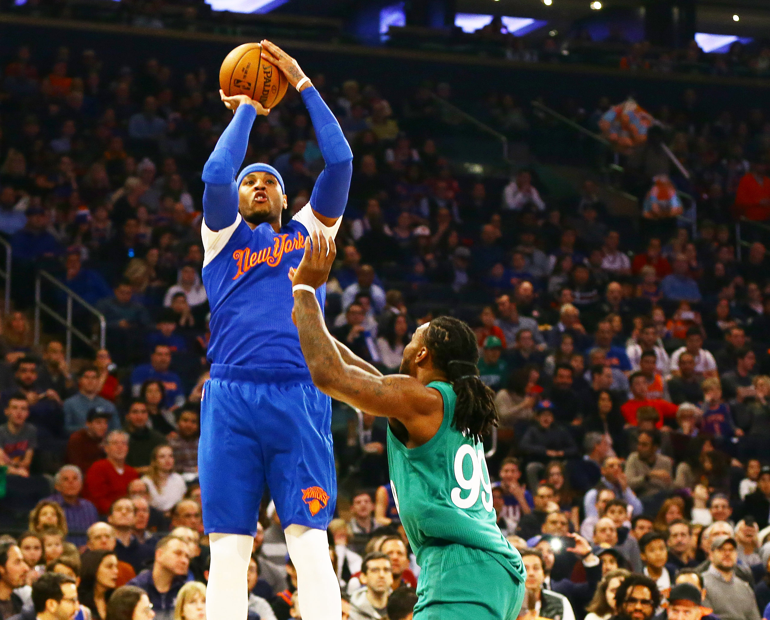 9768478-nba-boston-celtics-at-new-york-knicks
