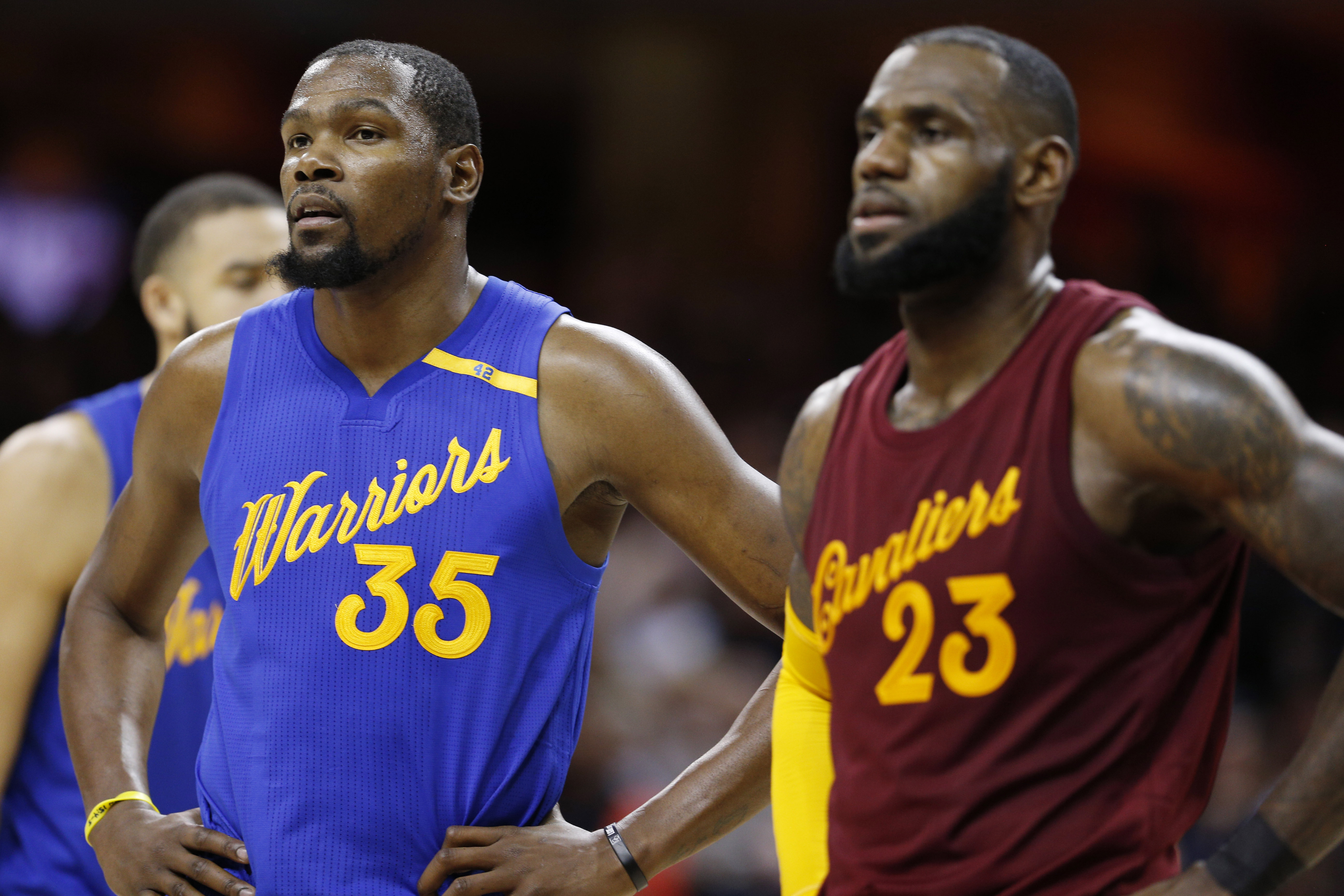 9768670-nba-golden-state-warriors-at-cleveland-cavaliers