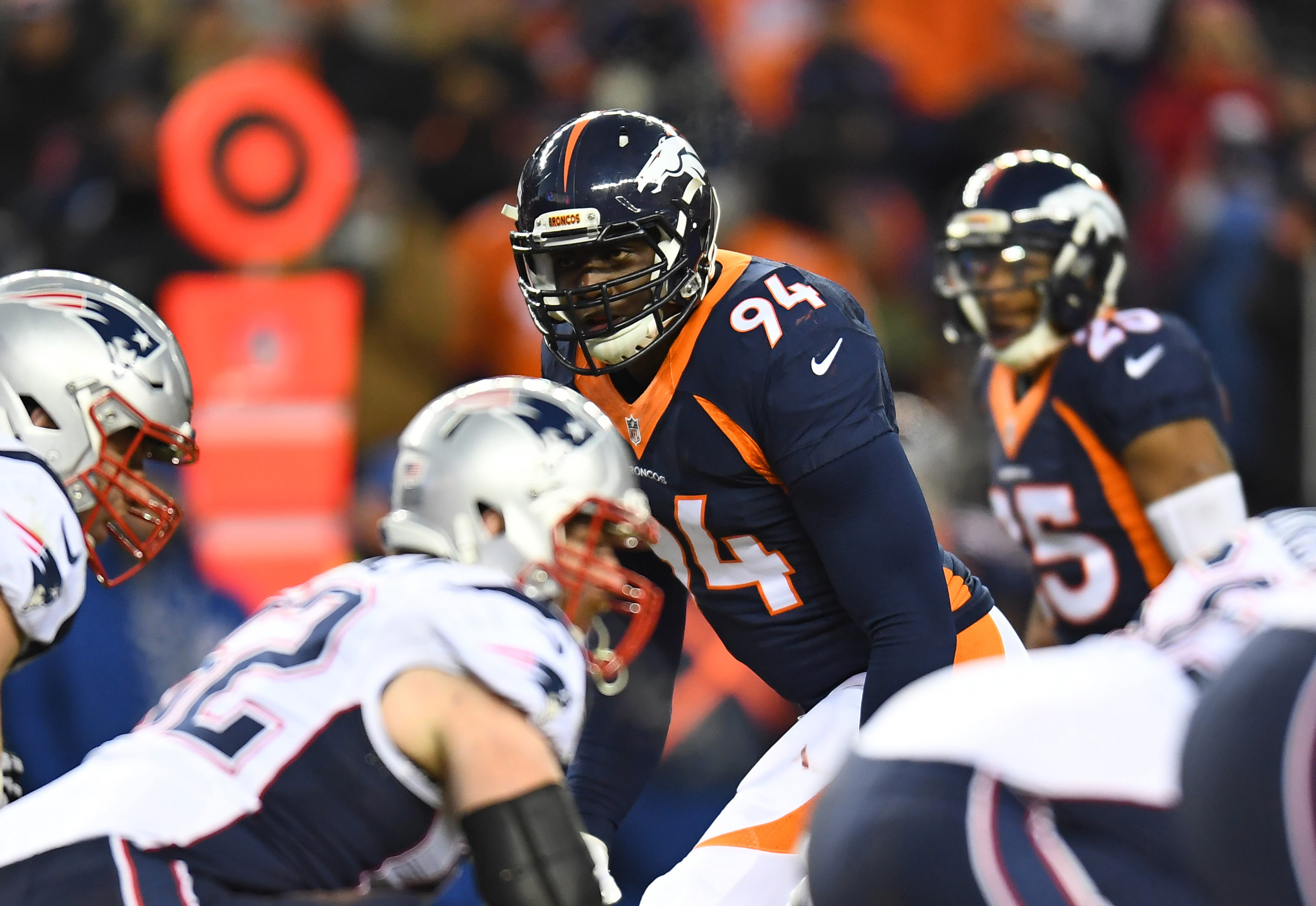 Dec 18, 2016; Denver, CO, USA; Denver Broncos outside linebacker DeMarcus Ware (94) lines up in the second half against the New England Patriots at Sports Authority Field. Mandatory Credit: Ron Chenoy-USA TODAY Sports