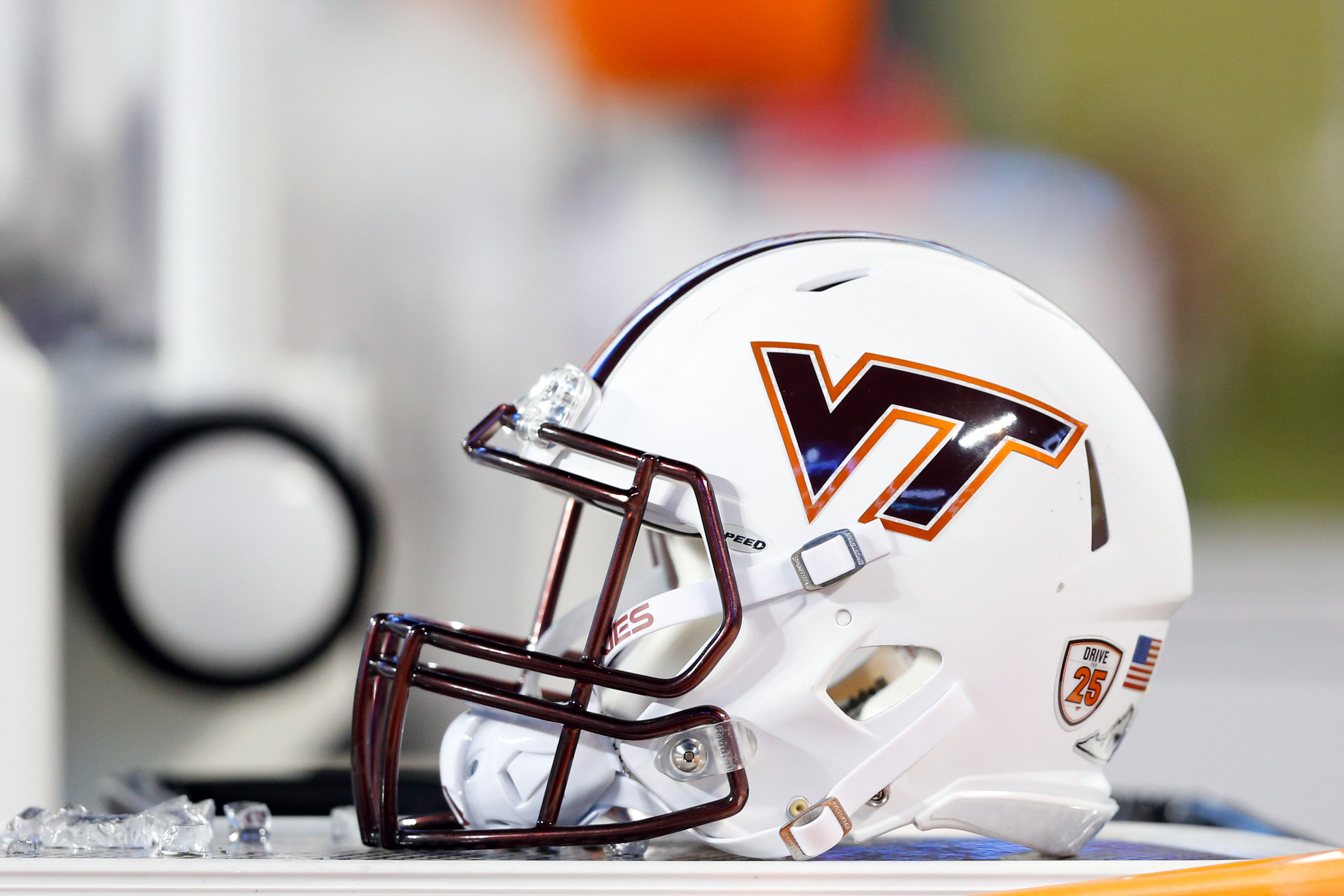 9774788-ncaa-football-belk-bowl-arkansas-vs-virginia-tech