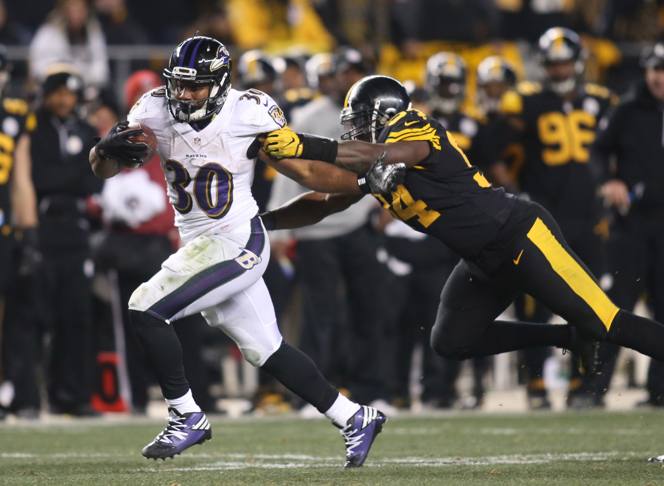 9775903-nfl-baltimore-ravens-at-pittsburgh-steelers