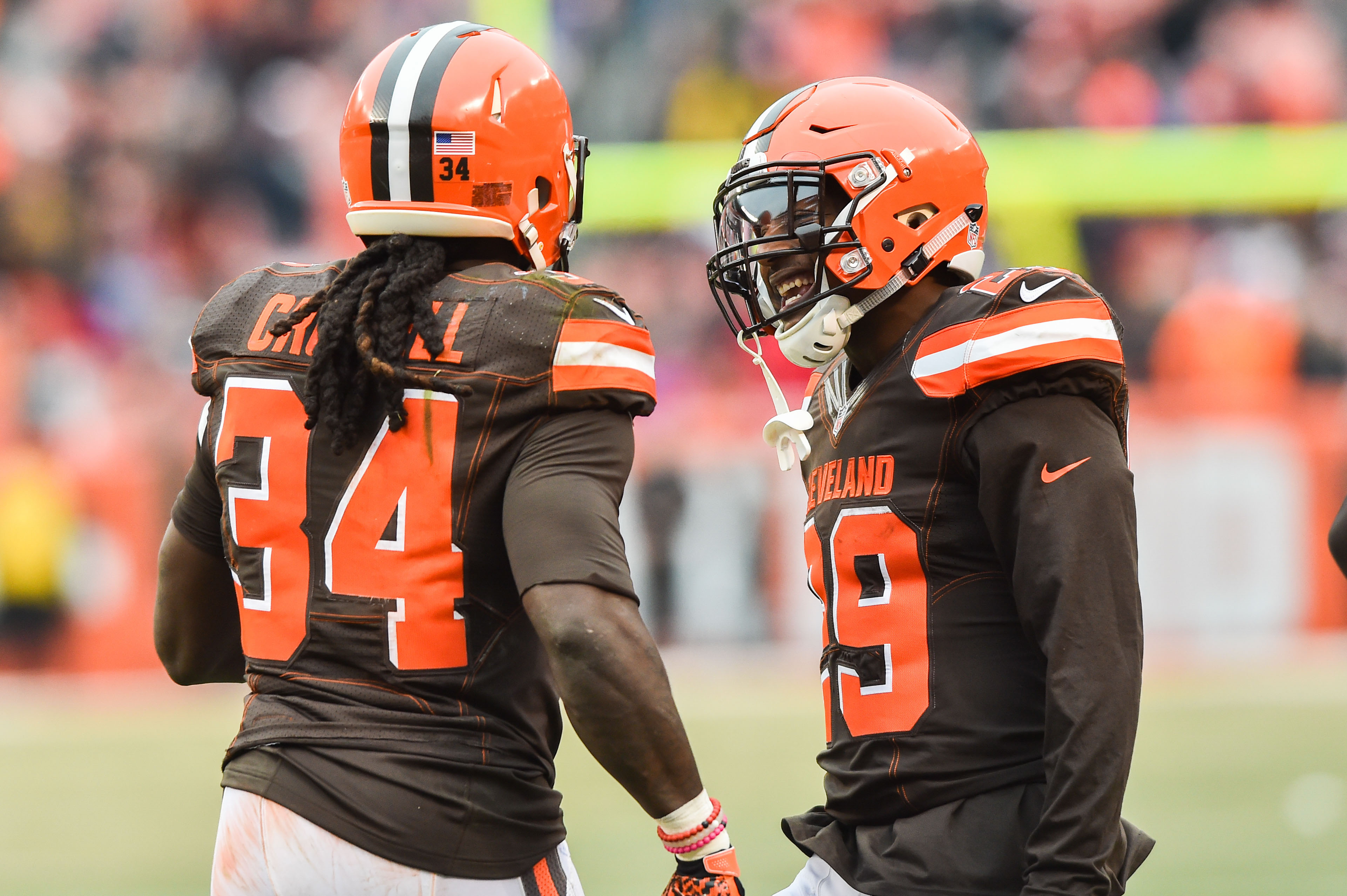 9776104-nfl-san-diego-chargers-at-cleveland-browns