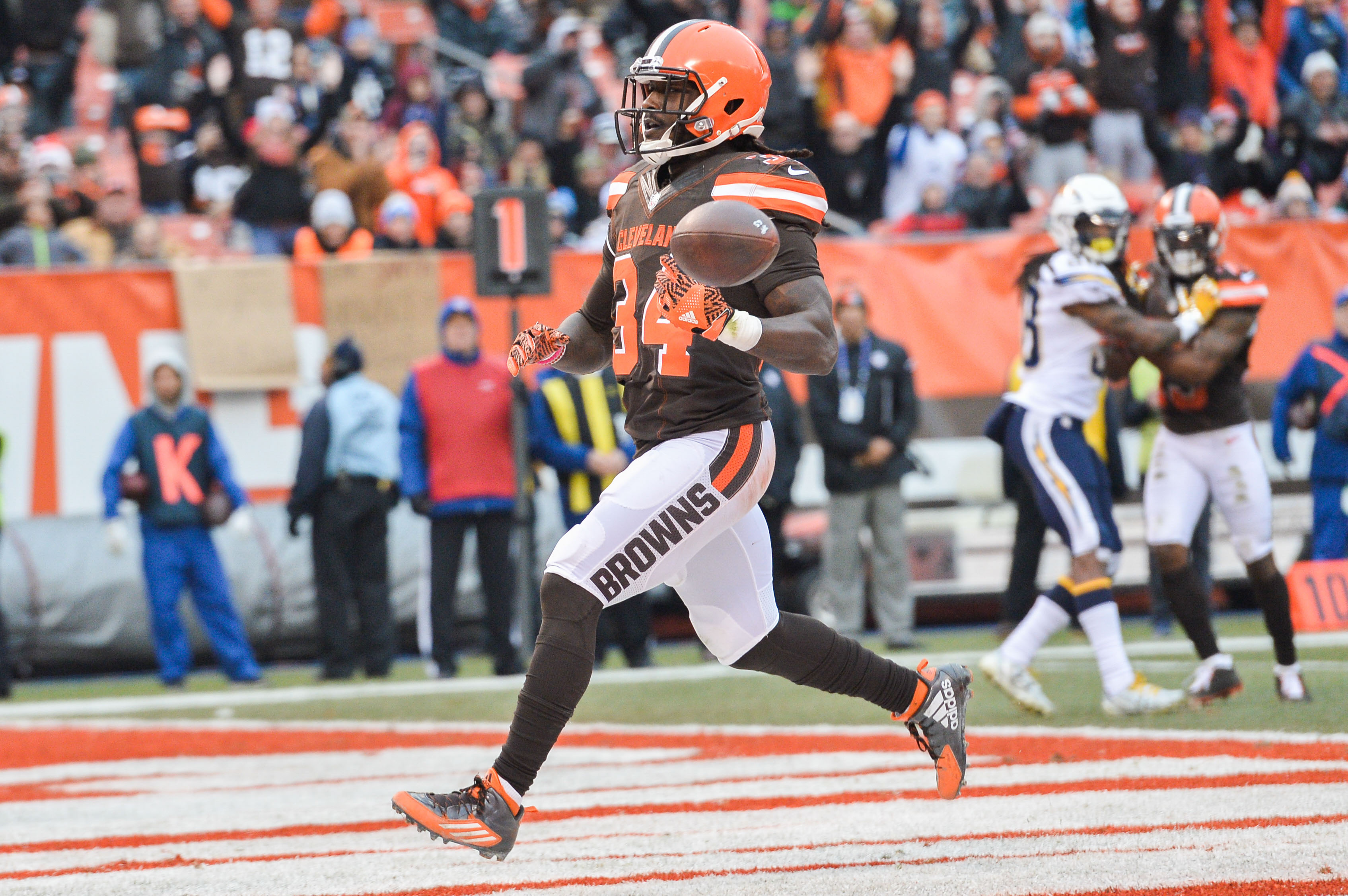 Cleveland Browns Isaiah Crowell Appears On List Of 2017
