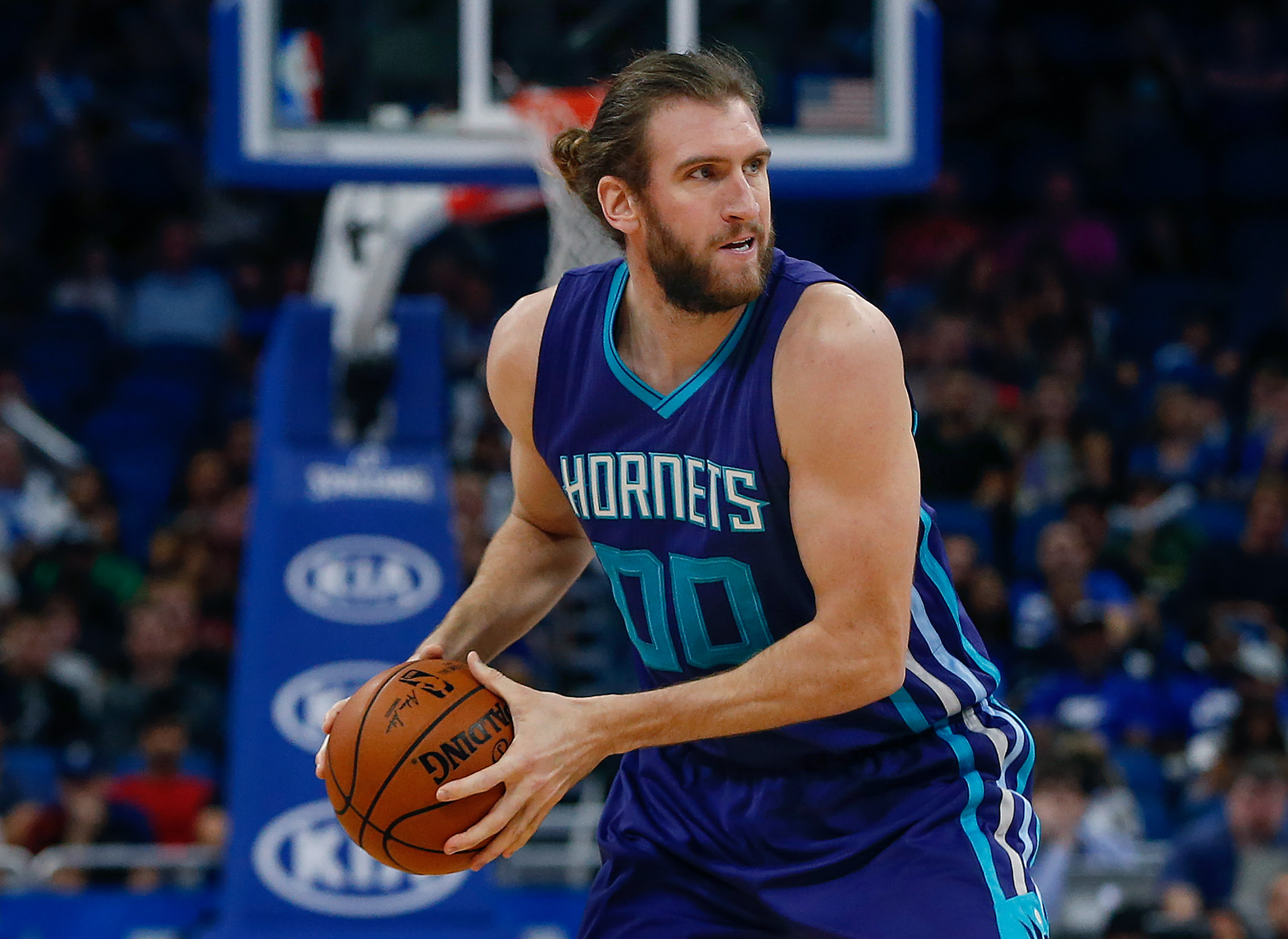 Dec 28, 2016; Orlando, FL, USA; Charlotte Hornets forward Spencer Hawes (00) protects the ball during the second half of an NBA basketball game Orlando Magic at Amway Center.The Hornets won 120-101. Mandatory Credit: Reinhold Matay-USA TODAY Sports