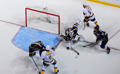 9778307-nhl-nashville-predators-at-st.-louis-blues-420x260