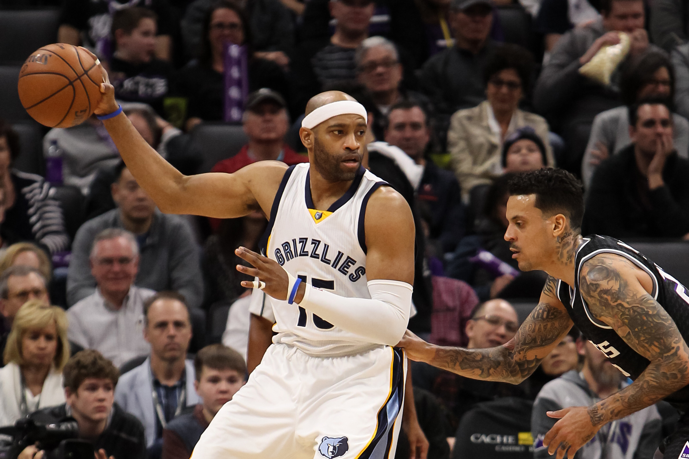 9780044-nba-memphis-grizzlies-at-sacramento-kings