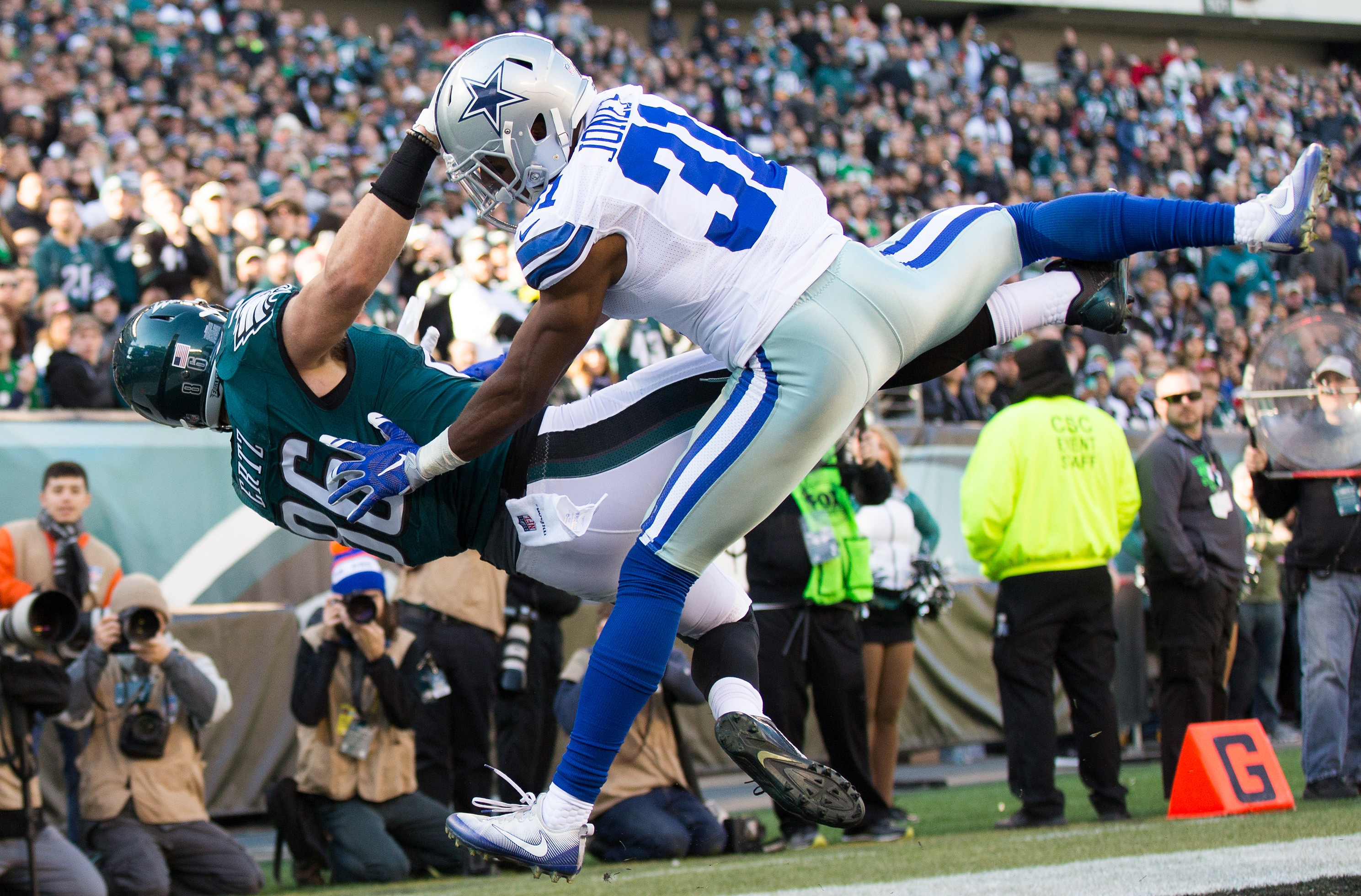 9781206-nfl-dallas-cowboys-at-philadelphia-eagles