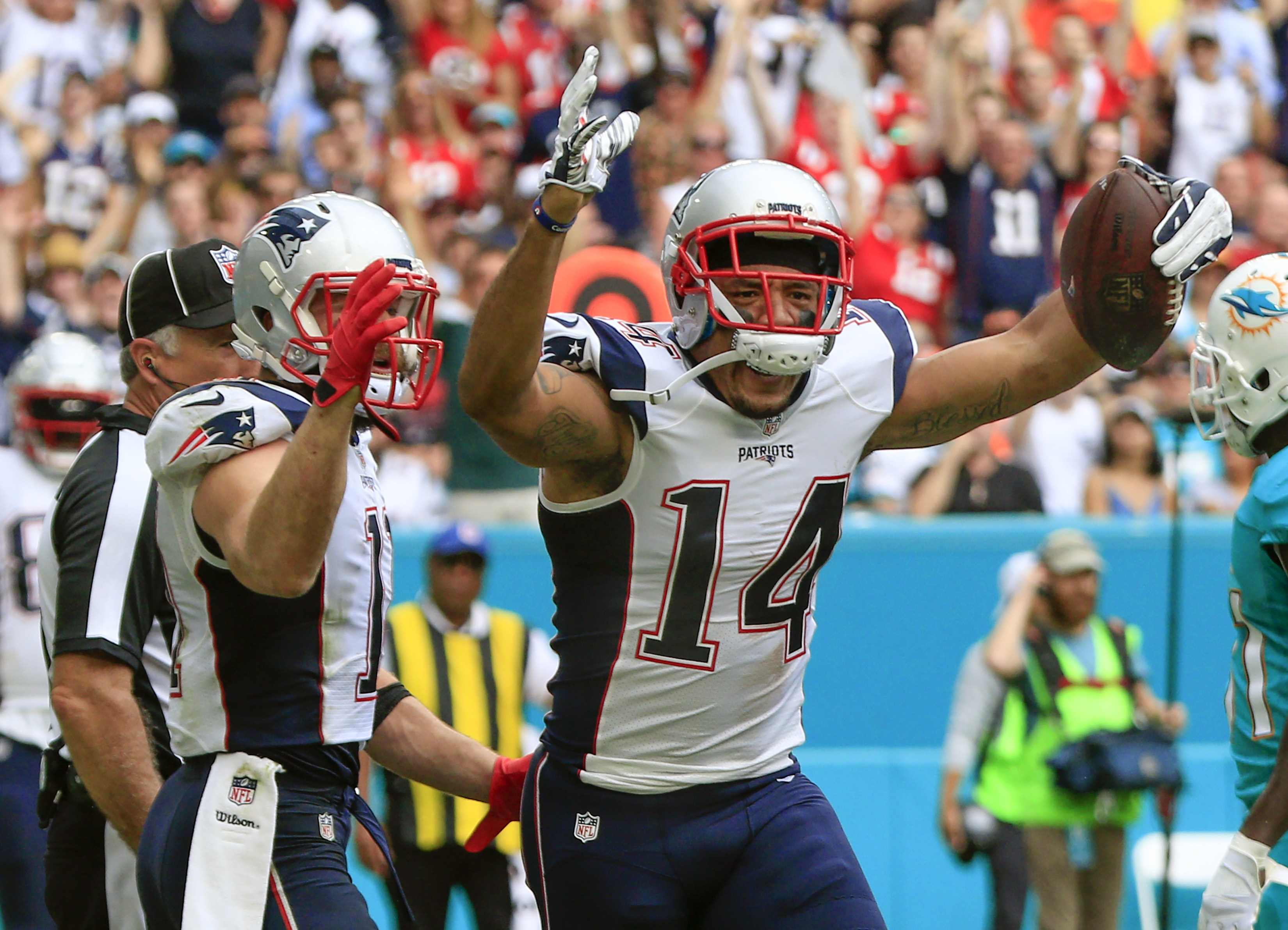 Nf Nfl Free Agents 2016 Rankings - Jan 1 2017 miami gardens fl usa new england patriots wide receiver michael floyd 14 celebrates a touchdown during the second quarter of an nfl