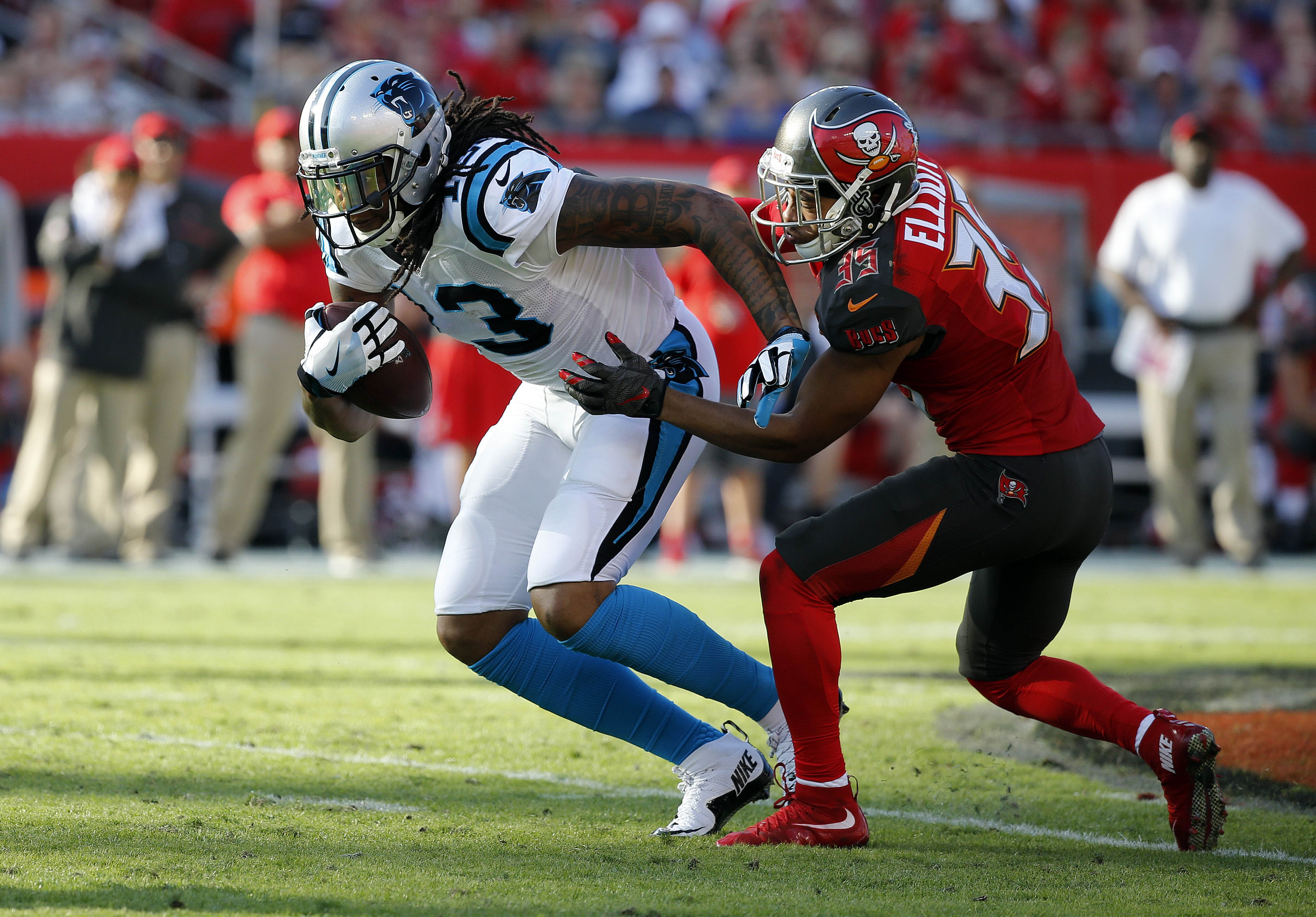9782107-nfl-carolina-panthers-at-tampa-bay-buccaneers