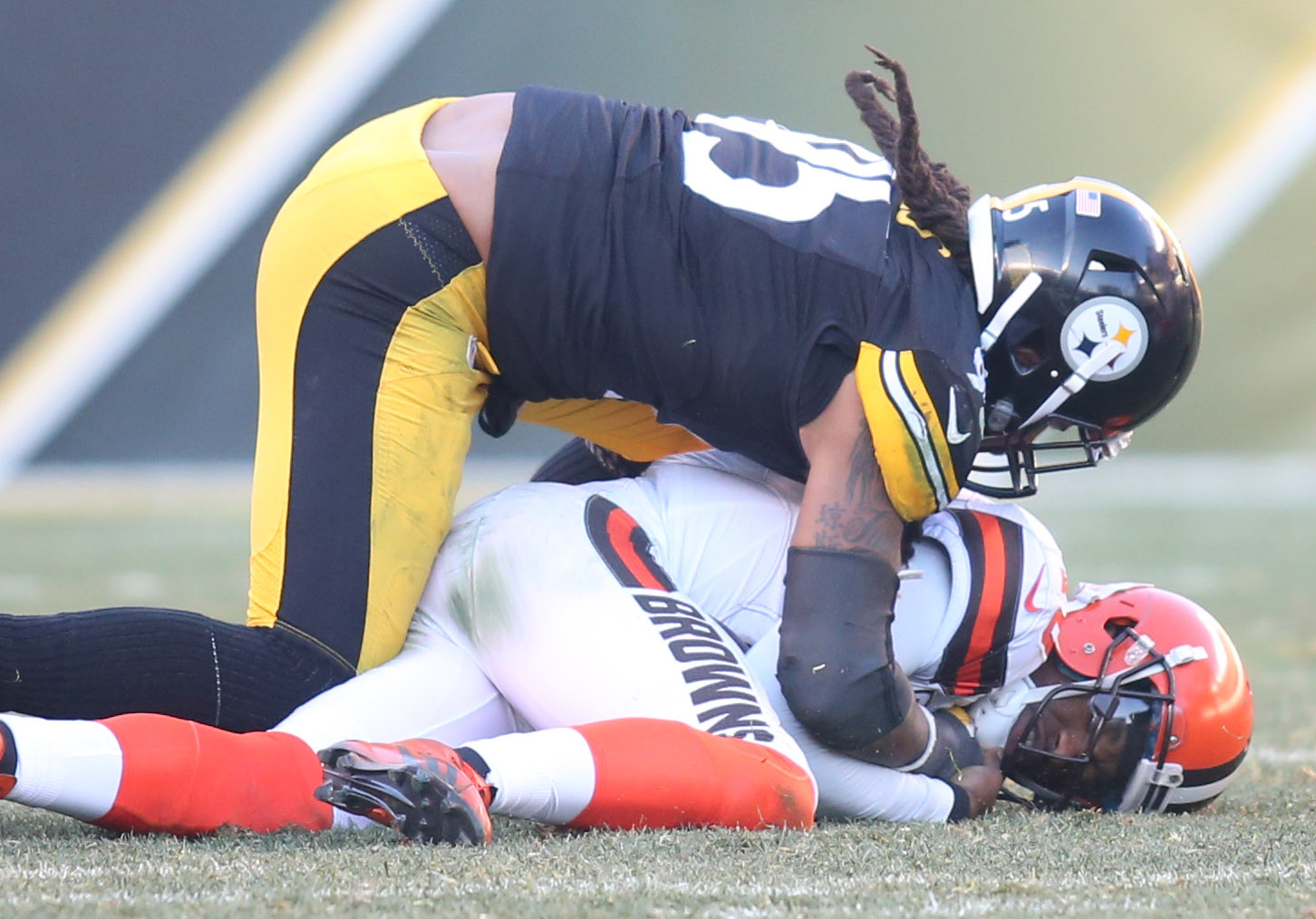 9782351-nfl-cleveland-browns-at-pittsburgh-steelers