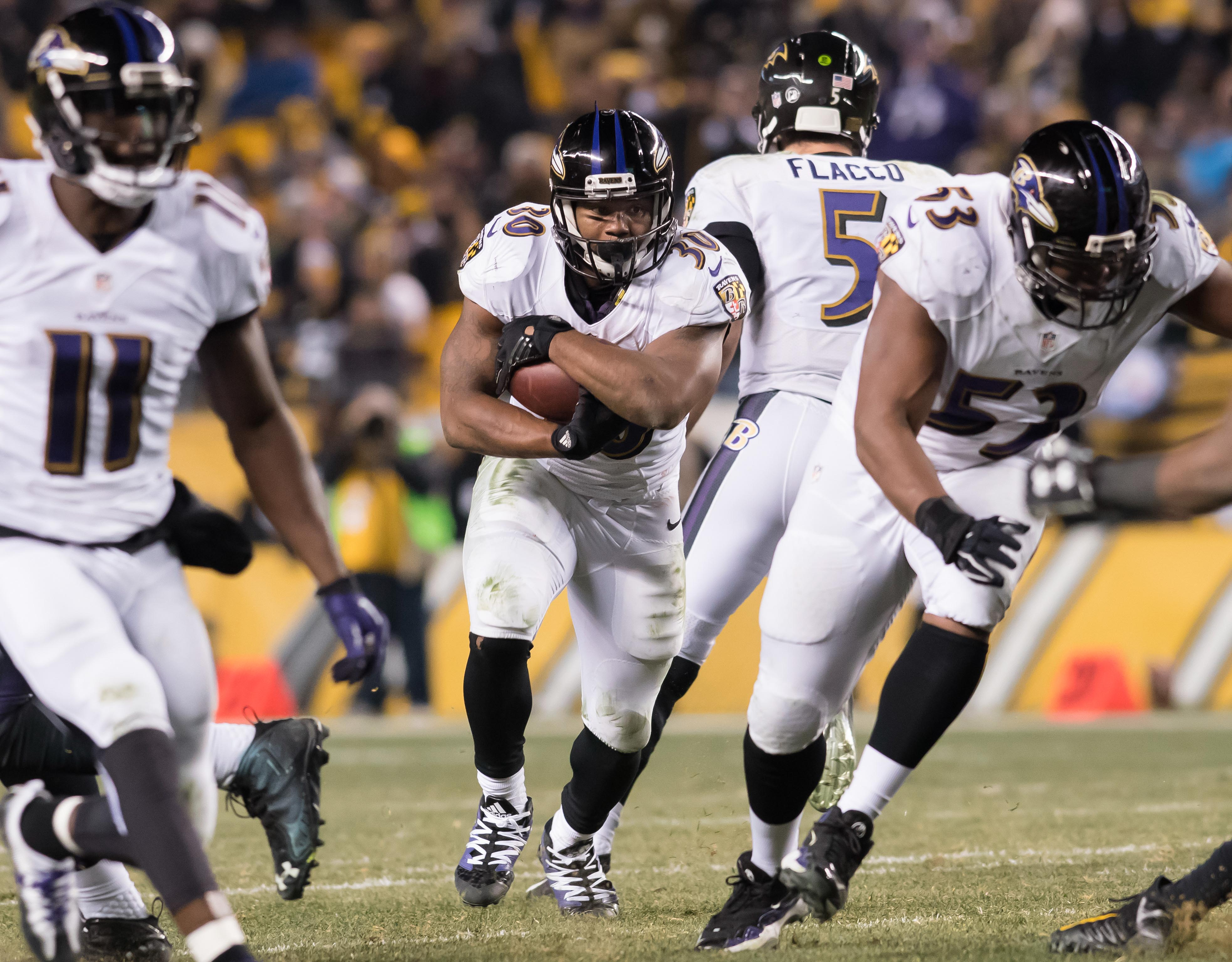 9785777-nfl-baltimore-ravens-at-pittsburgh-steelers