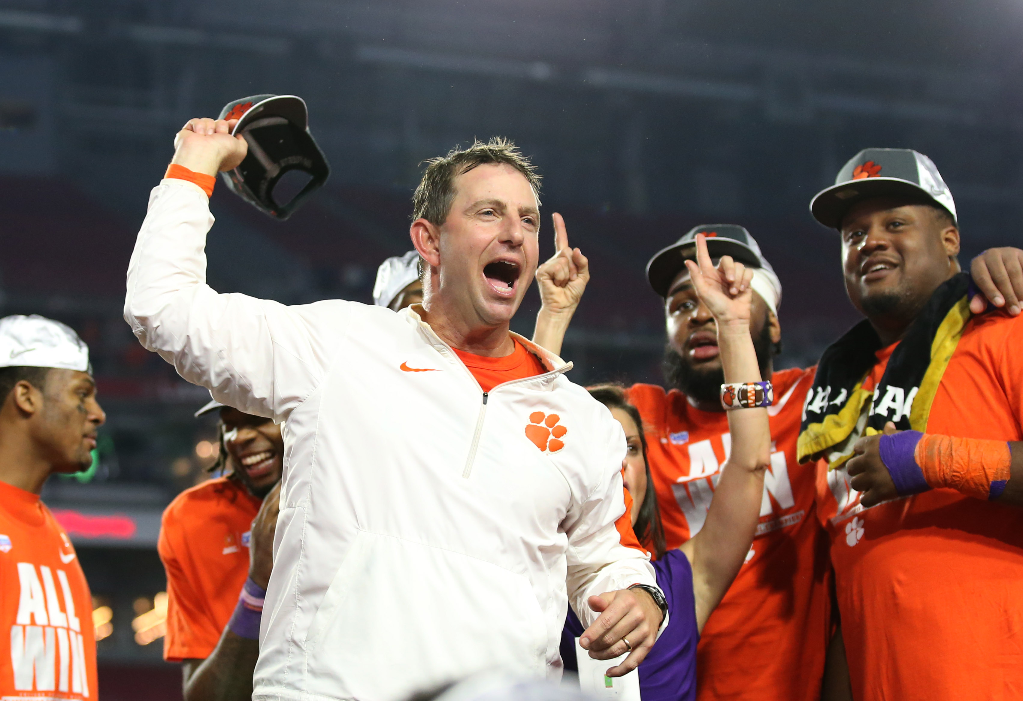 9786412-ncaa-football-fiesta-bowl-ohio-state-vs-clemson
