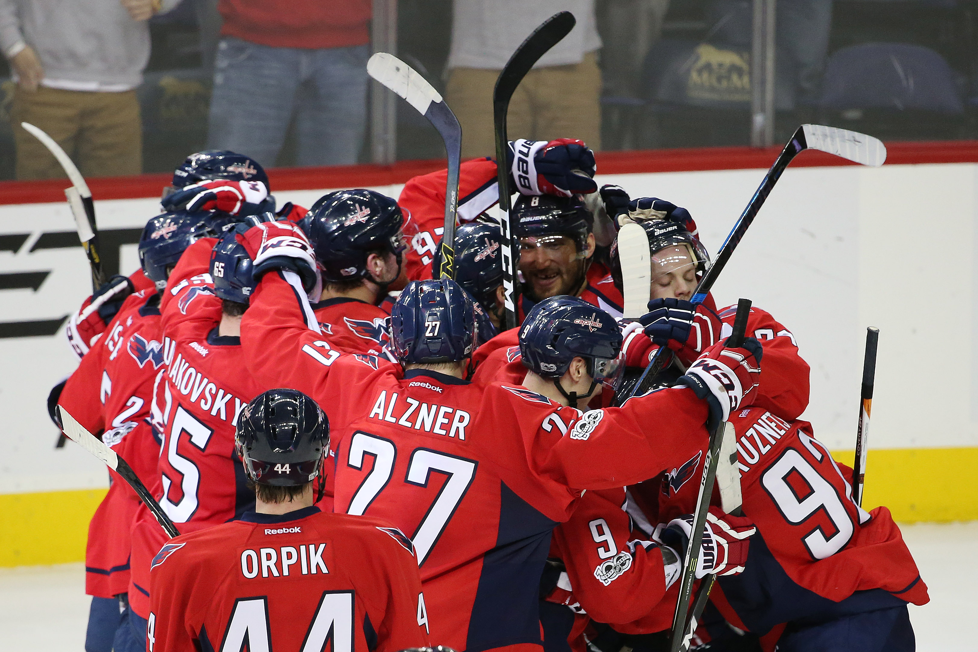 Washington Capitals Get Second Straight Shutout in Victory Over Flyers