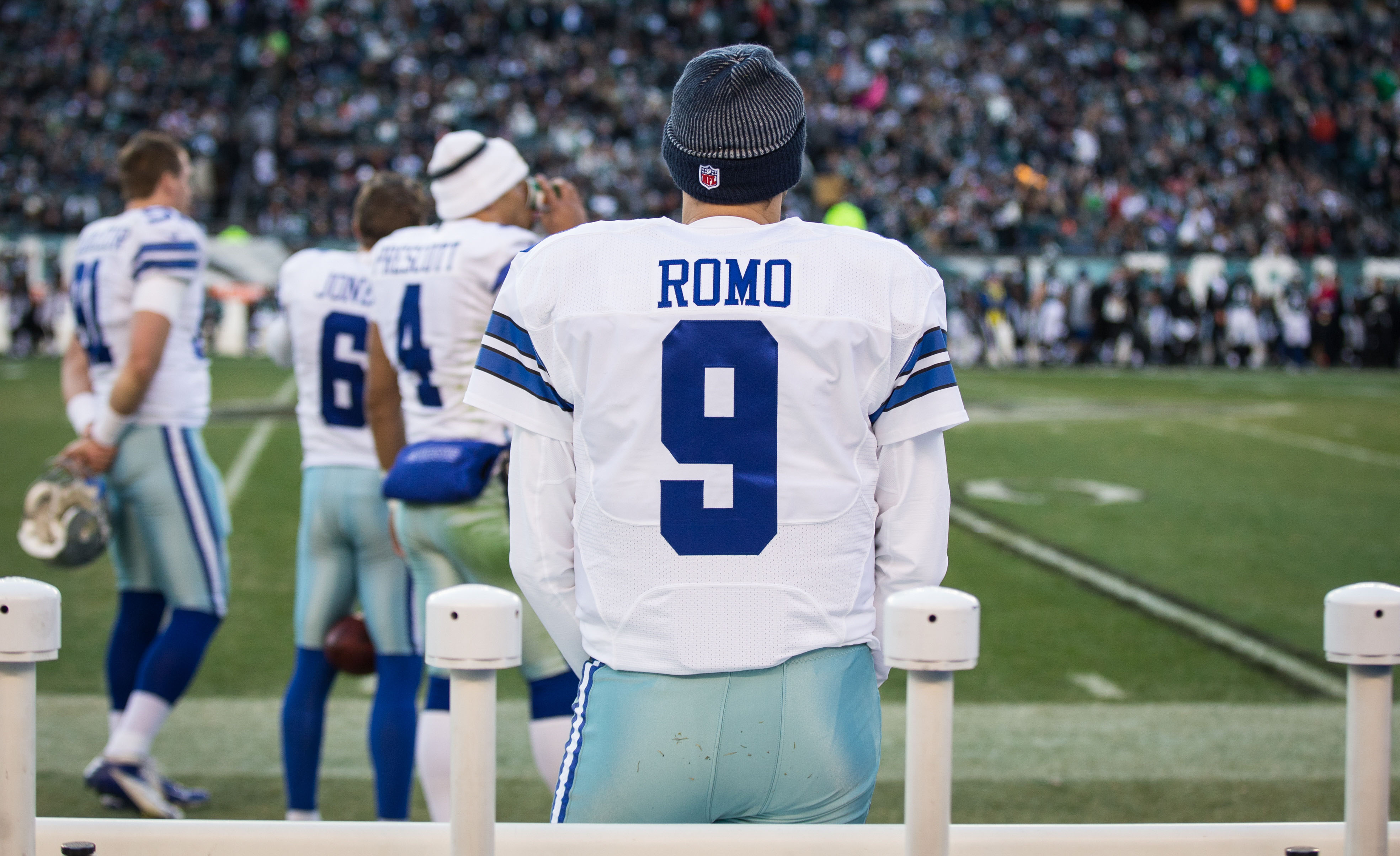 9789607-nfl-dallas-cowboys-at-philadelphia-eagles-1