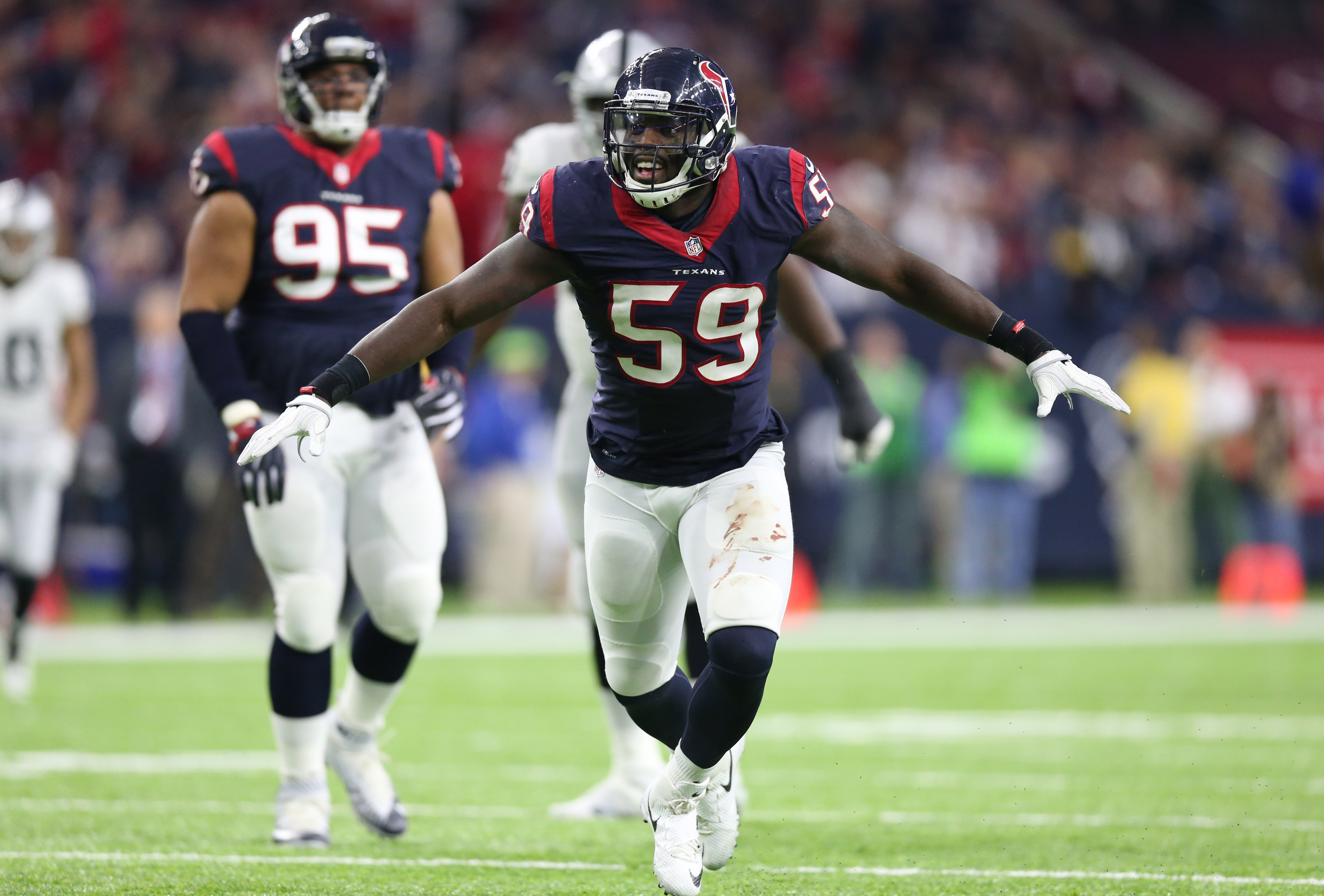 9794854-nfl-afc-wild-card-oakland-raiders-at-houston-texans