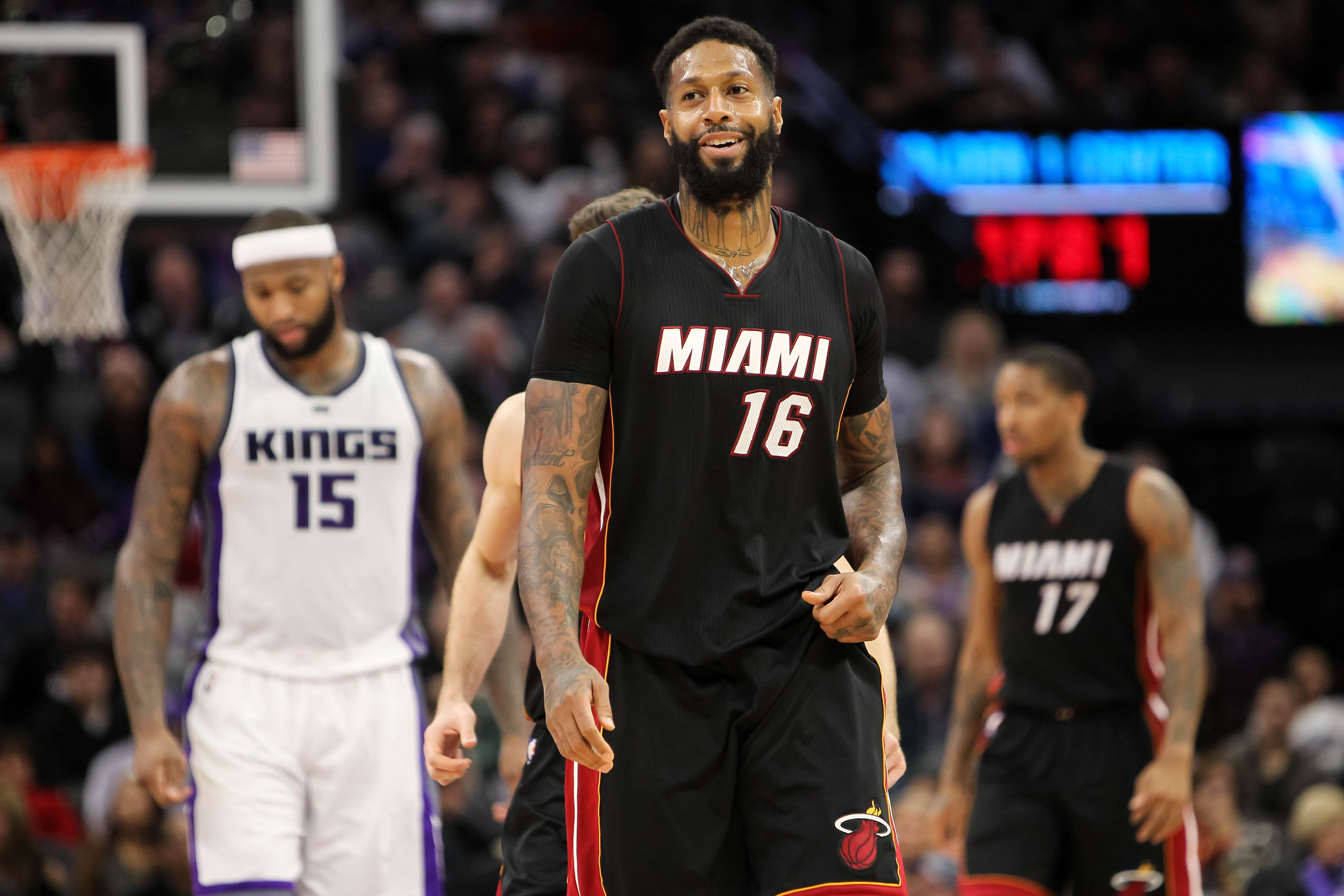 Miami Heat forward James Johnson (16) is in today's DraftKings daily picks. Mandatory Credit: Sergio Estrada-USA TODAY Sports