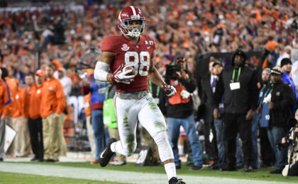 Jan 9, 2017; Tampa, FL, USA; Alabama Crimson Tide tight end O.J. Howard (88) runs a touchdown during the third quarter against the Clemson Tigers in the 2017 College Football Playoff National Championship Game at Raymond James Stadium. Mandatory Credit: Steve Mitchell-USA TODAY Sports
