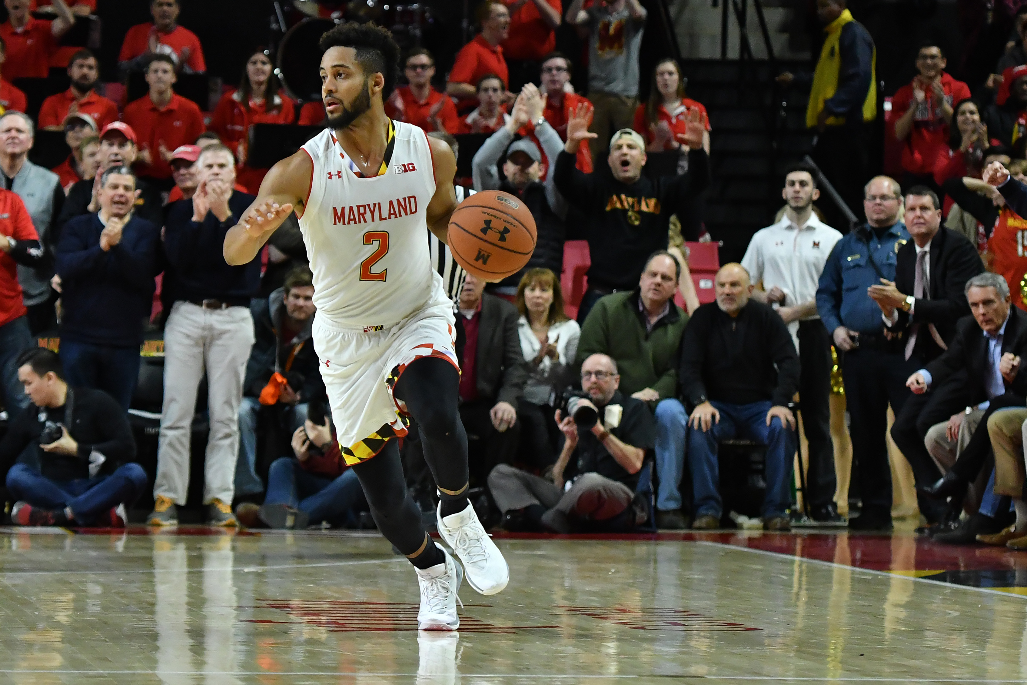 Maryland Basketball: Terps hit the road against young Iowa team