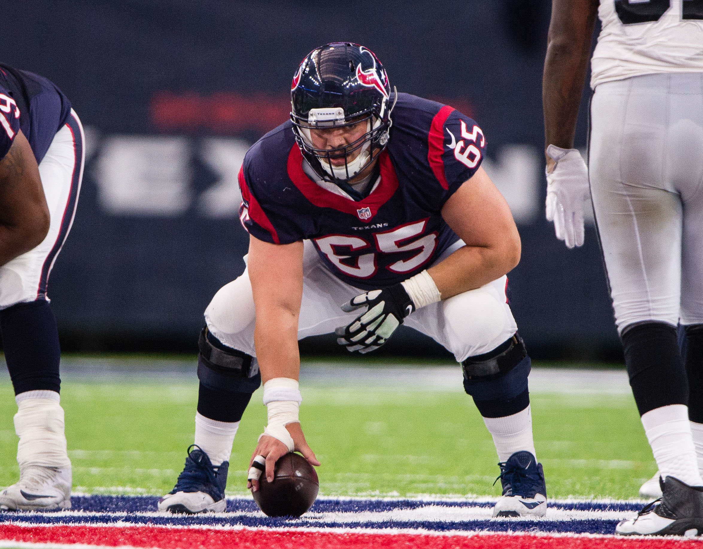 9805048-nfl-afc-wild-card-oakland-raiders-at-houston-texans