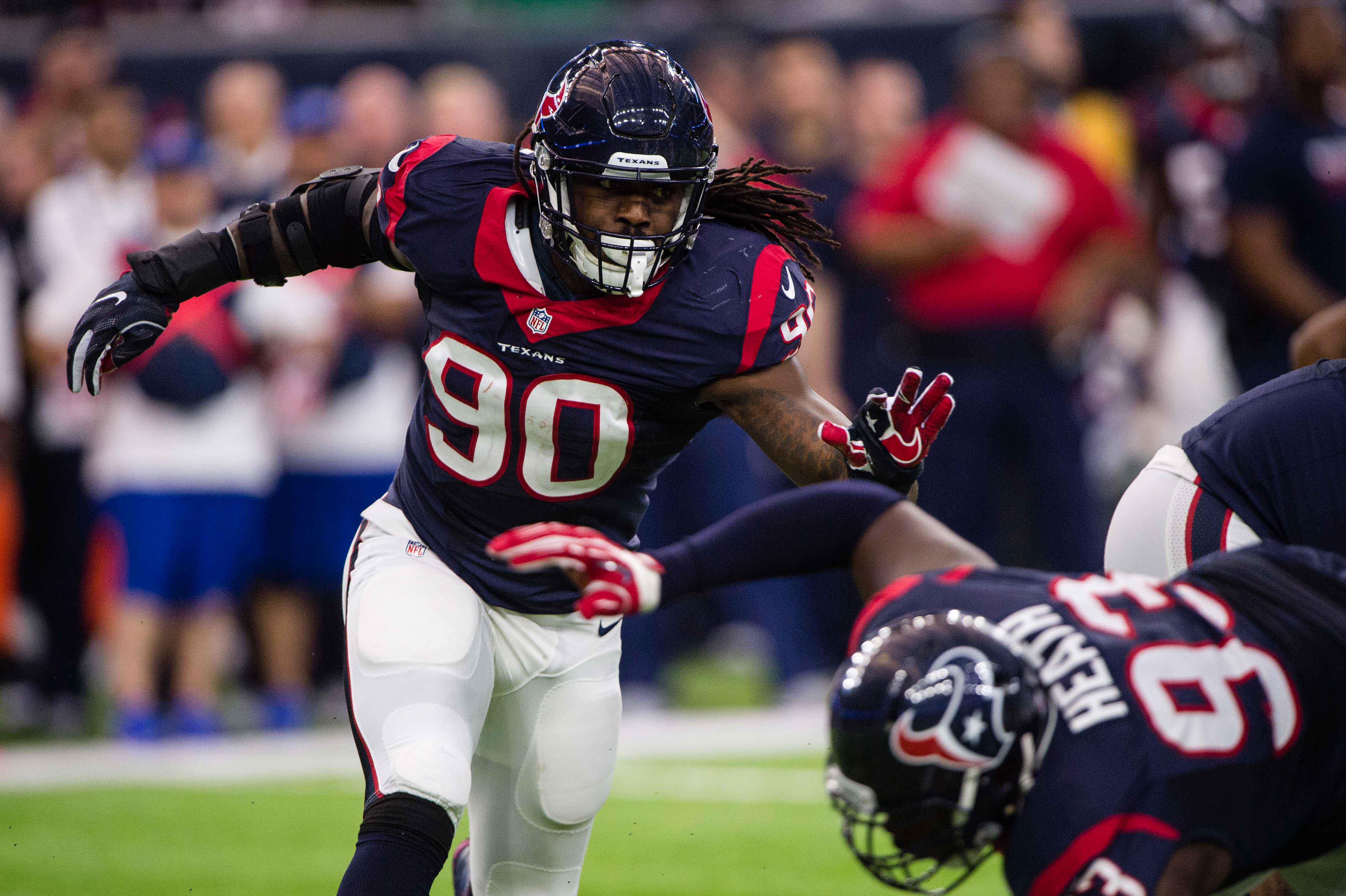 9805118-nfl-afc-wild-card-oakland-raiders-at-houston-texans