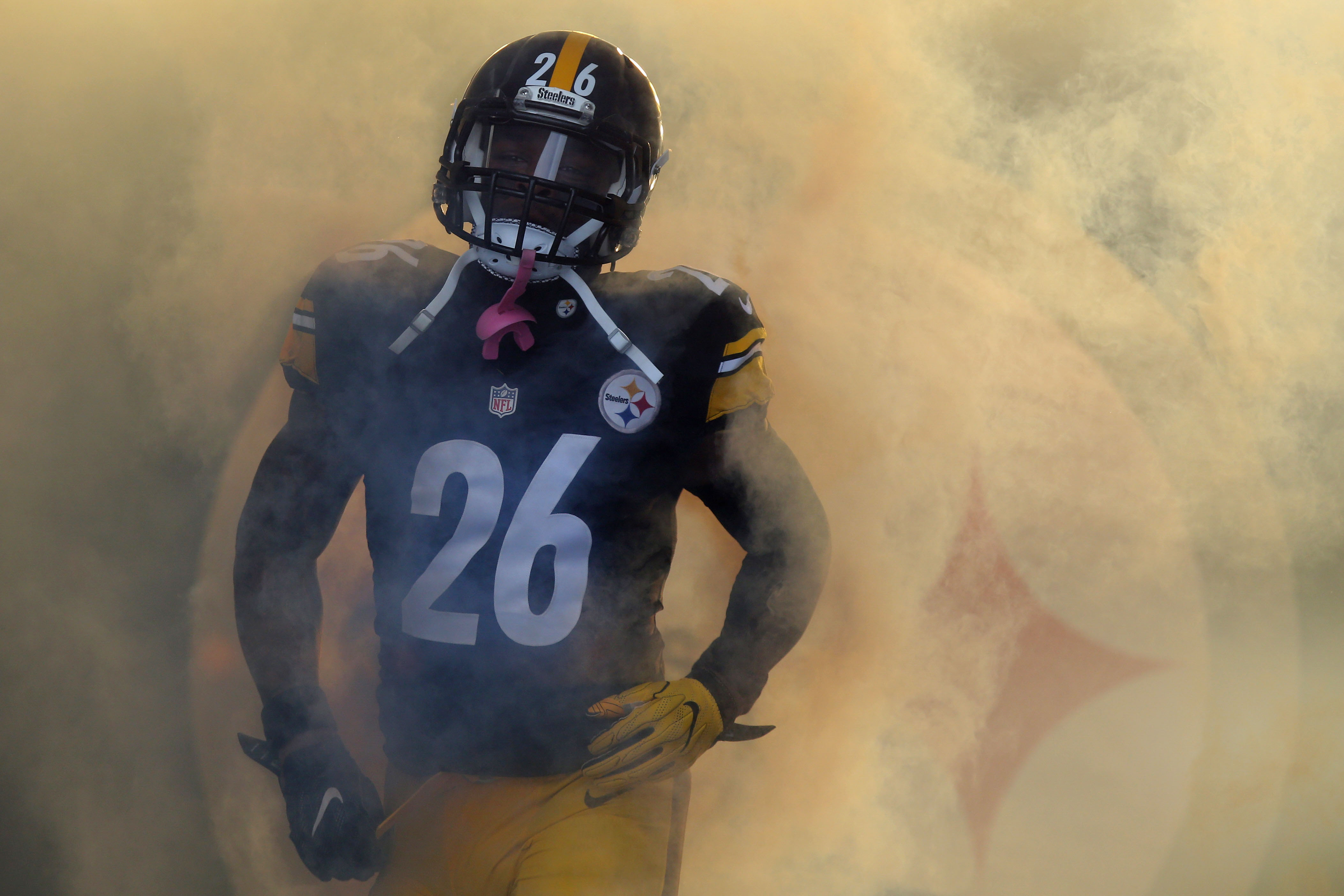 9805374-nfl-afc-wild-card-miami-dolphins-at-pittsburgh-steelers