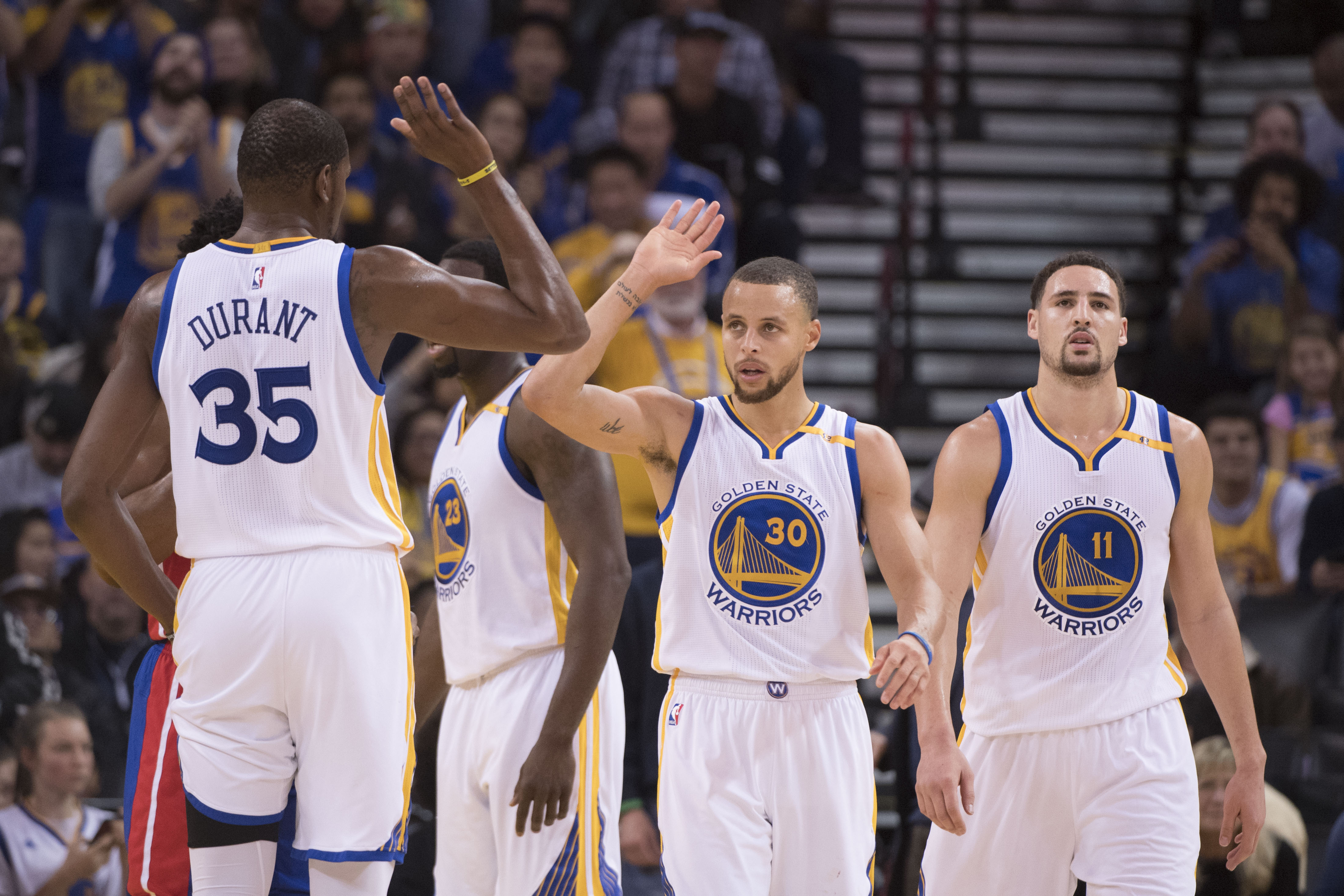 2016-17 NBA Power Rankings: Golden State Warriors Back On Top In Week 14