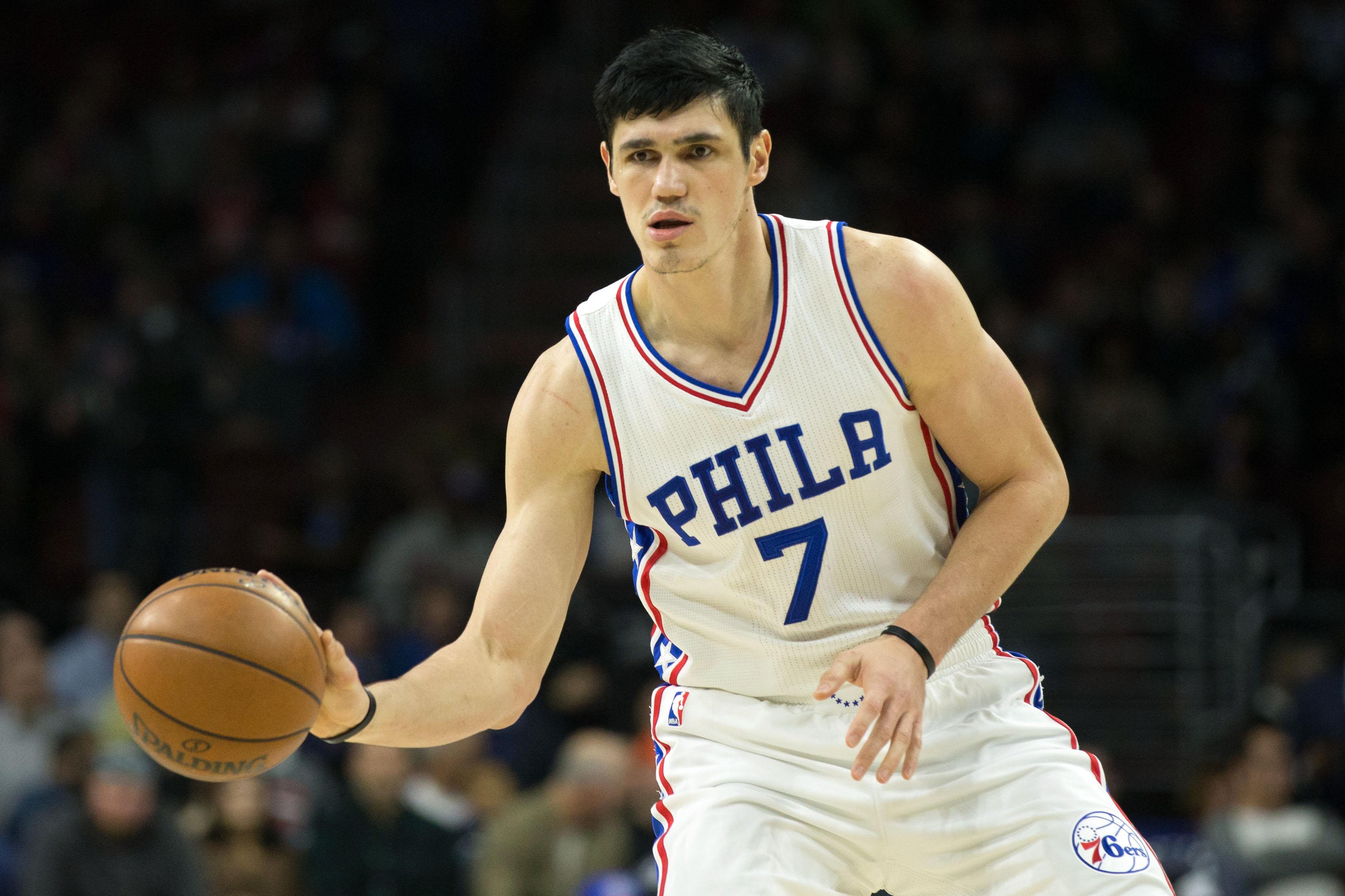 Hawks trade Tiago Splitter, draft picks to Sixers for Ersan Ilyasova