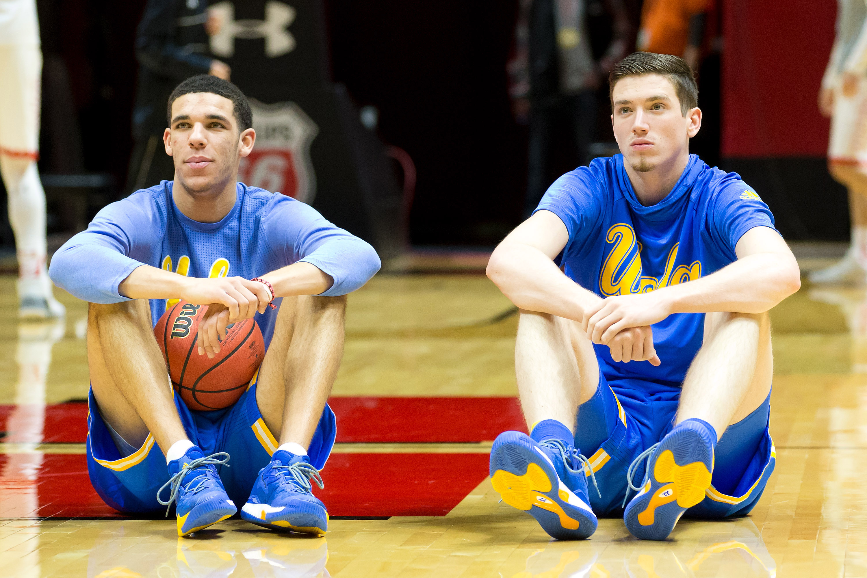 9809827-ncaa-basketball-ucla-at-utah