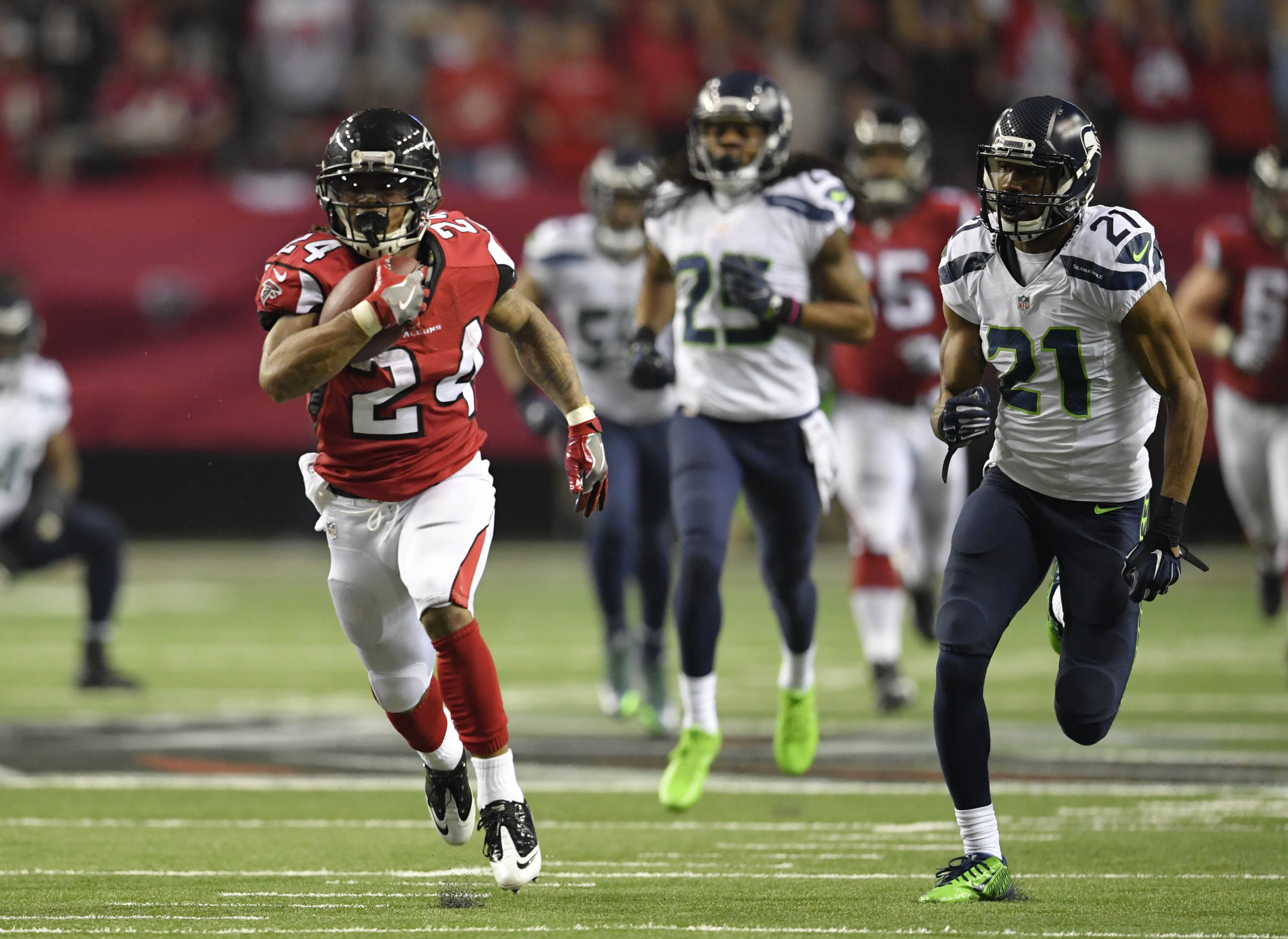 9810438-nfl-nfc-divisional-seattle-seahawks-at-atlanta-falcons