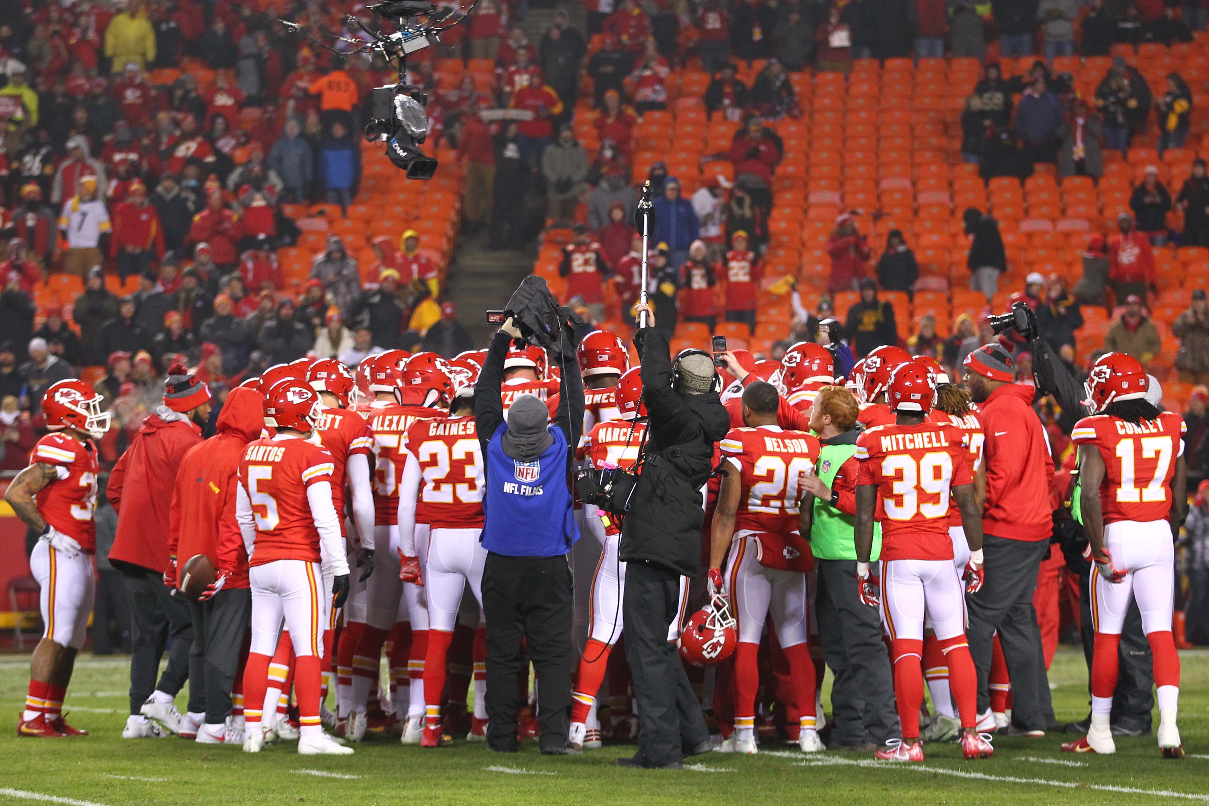 9812694-nfl-afc-divisional-pittsburgh-steelers-at-kansas-city-chiefs