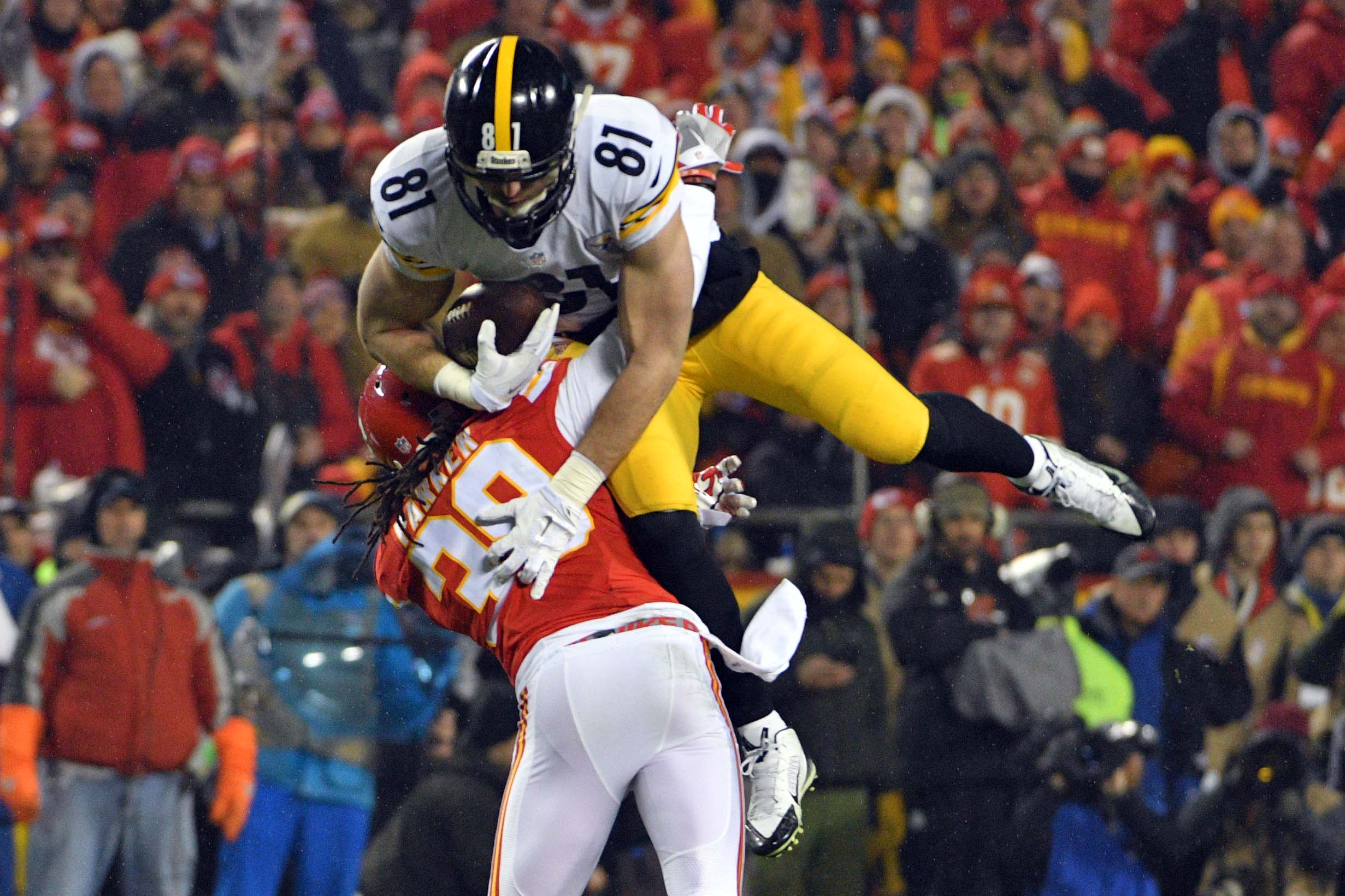 9812762-nfl-afc-divisional-pittsburgh-steelers-at-kansas-city-chiefs