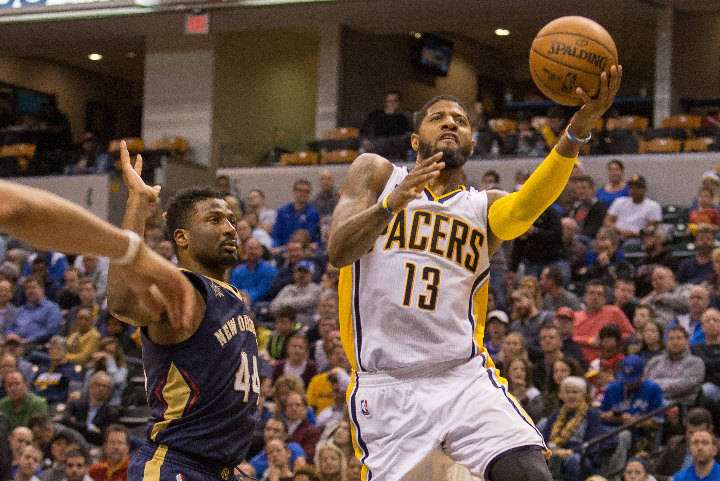 9814074-nba-new-orleans-pelicans-at-indiana-pacers
