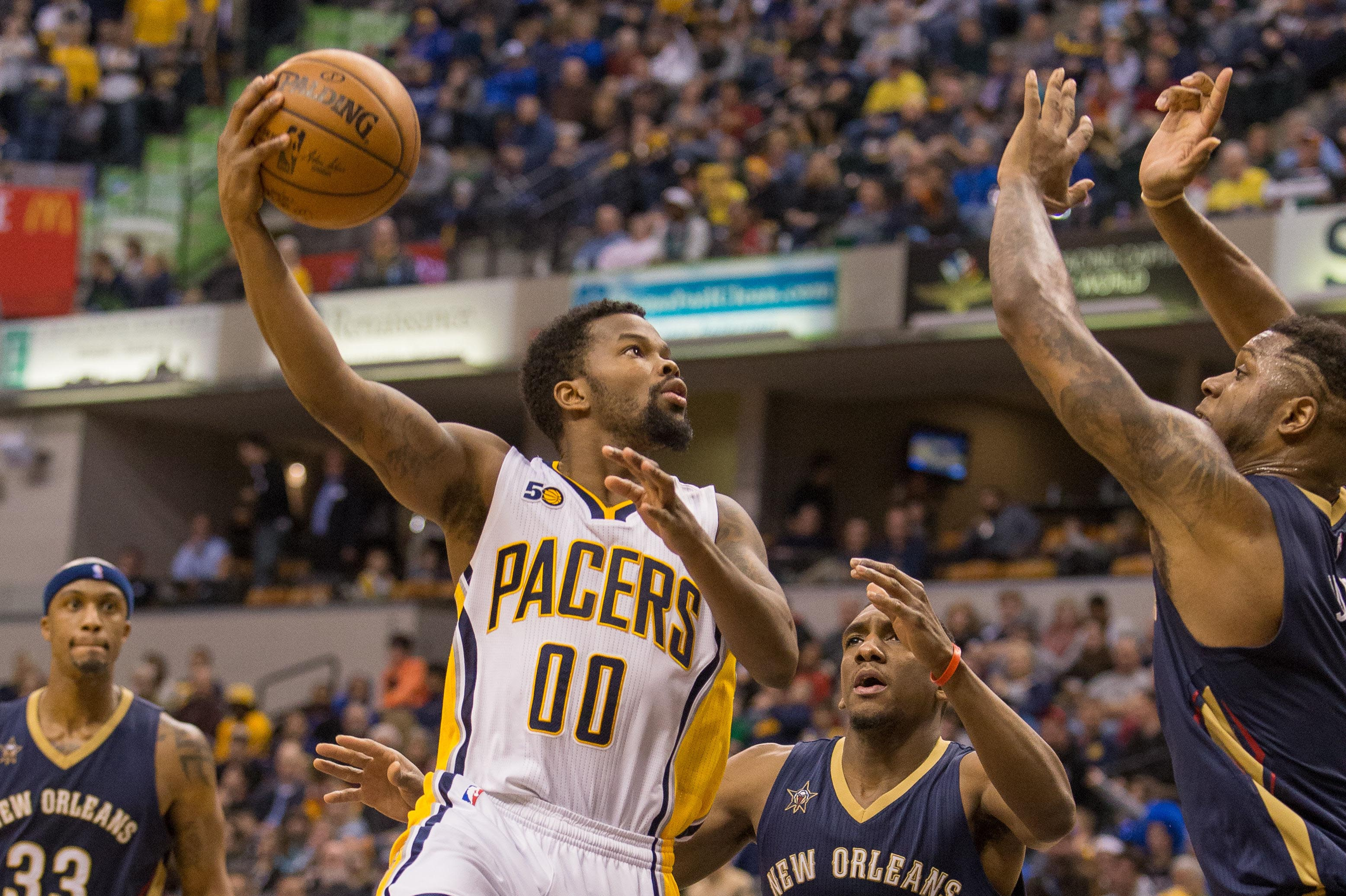9814093-nba-new-orleans-pelicans-at-indiana-pacers