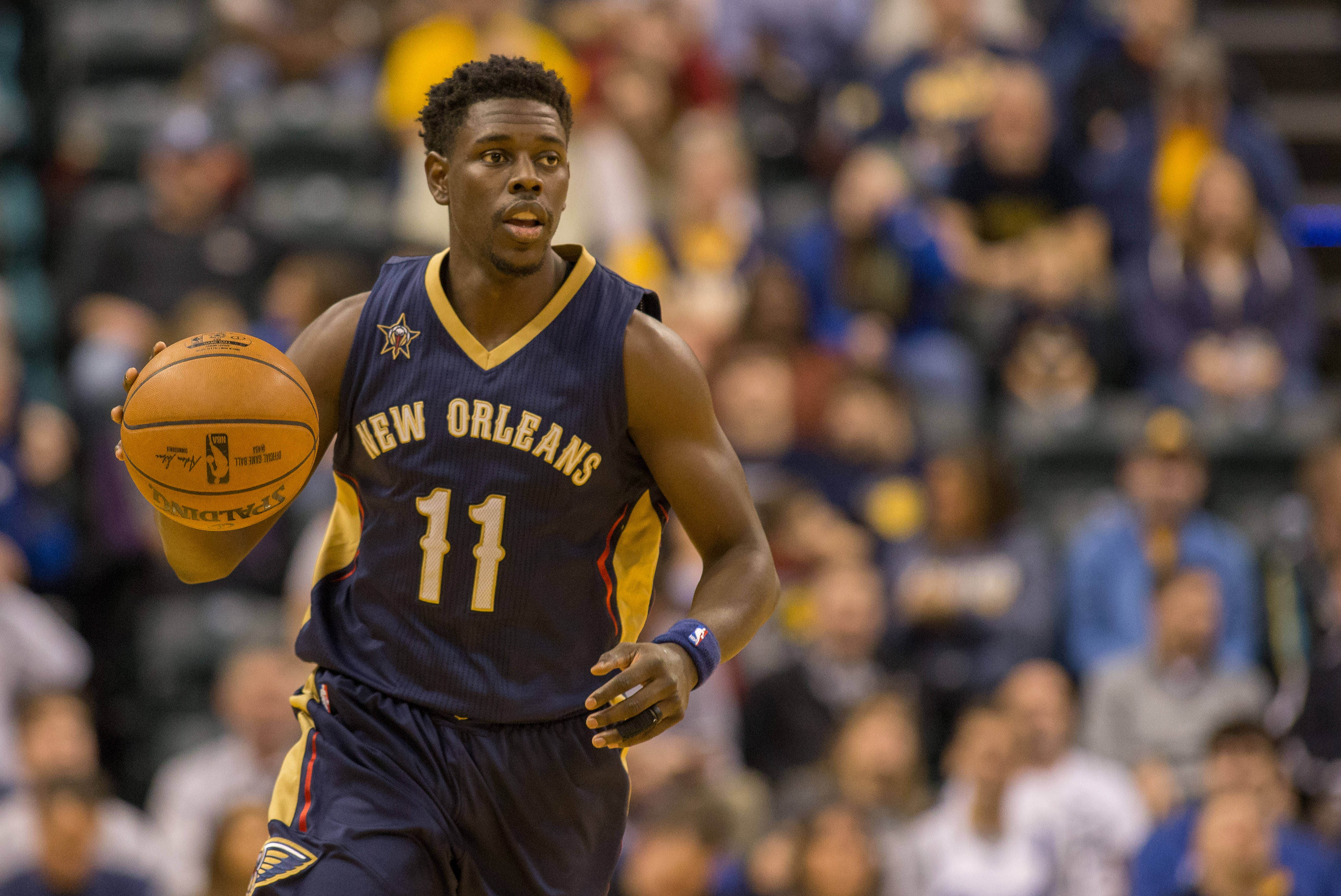 9814129-nba-new-orleans-pelicans-at-indiana-pacers