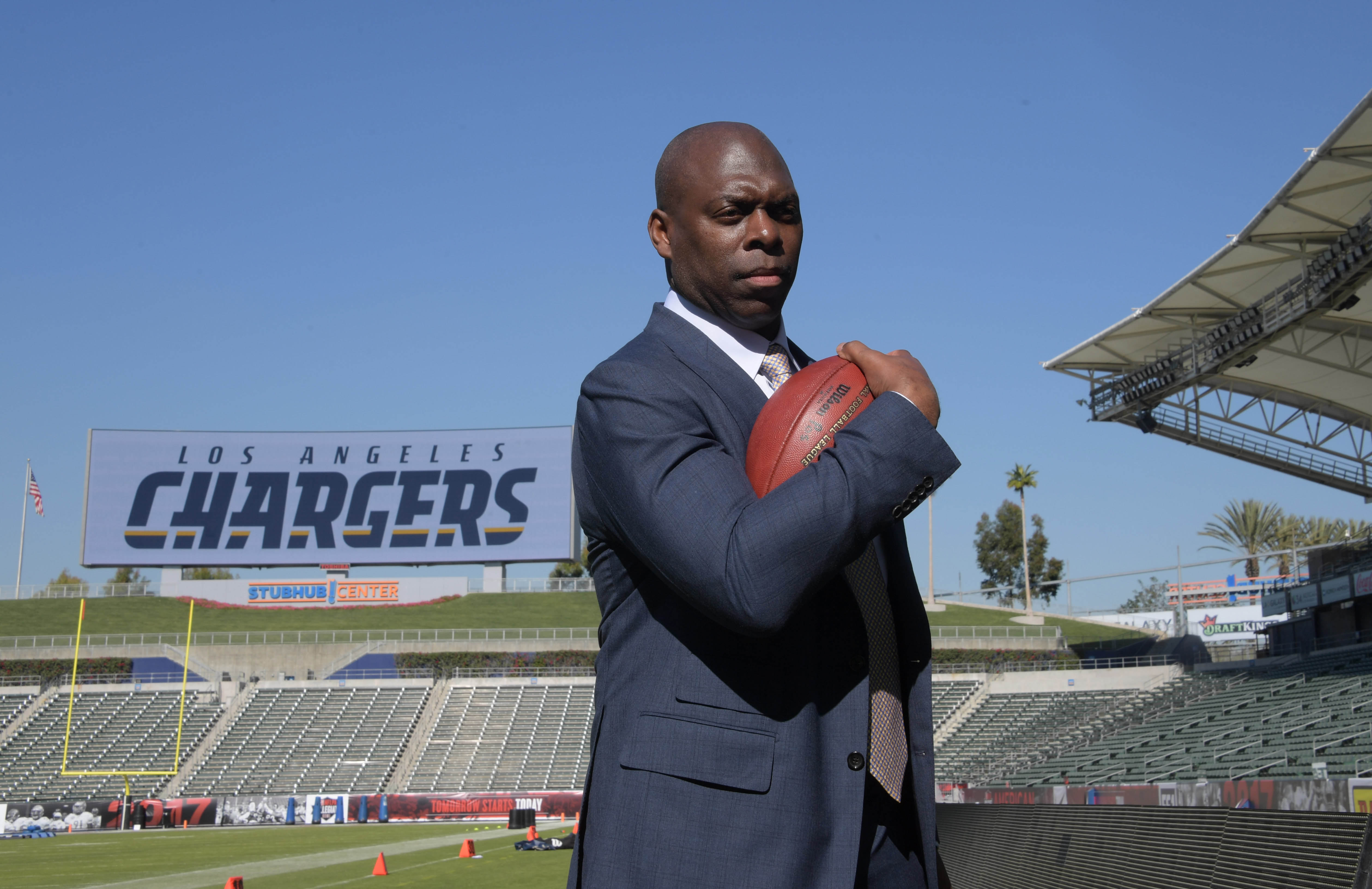 9816310-nfl-los-angeles-chargers-head-coach-anthony-lynn-press-conference