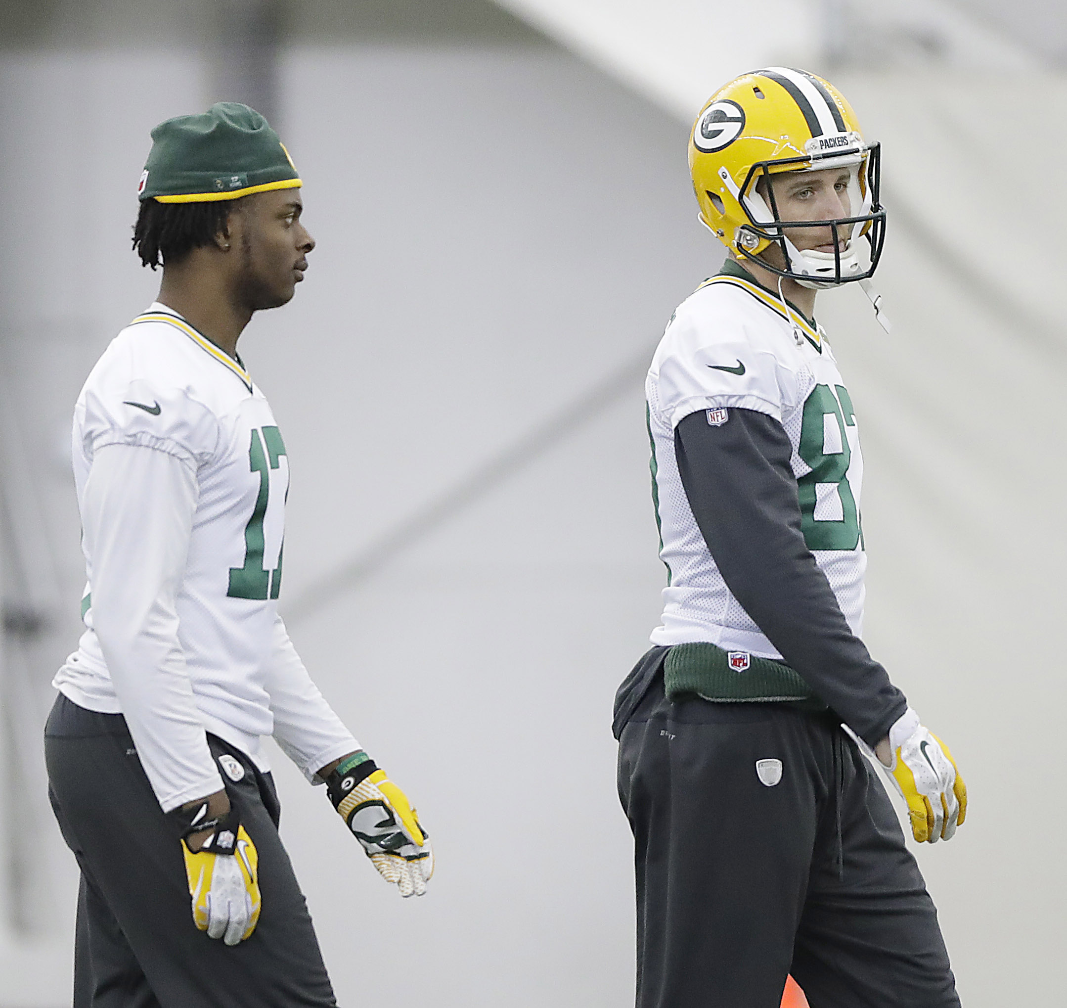 9821954-nfl-green-bay-packers-practice