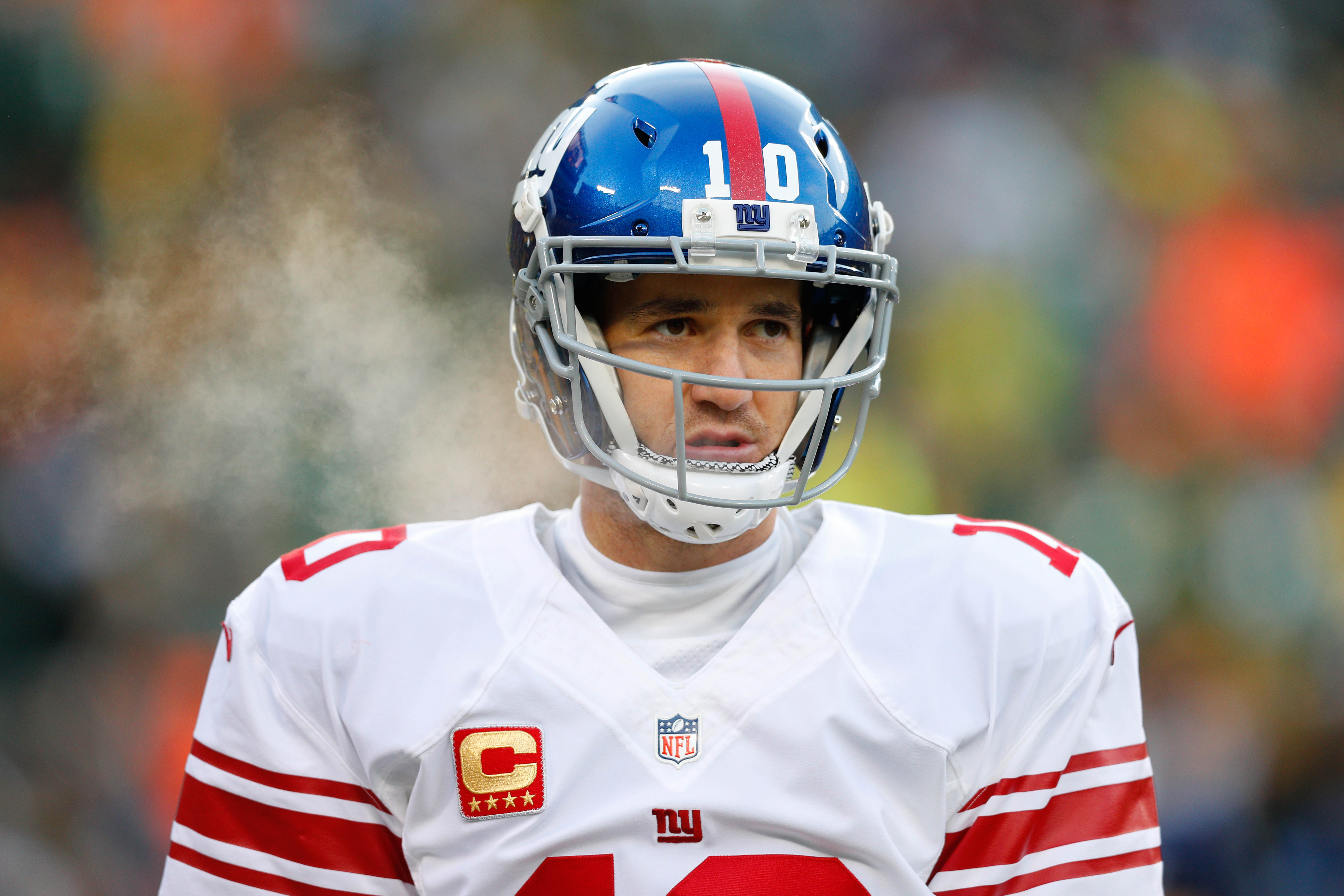 9823937-nfl-nfc-wild-card-new-york-giants-at-green-bay-packers-1