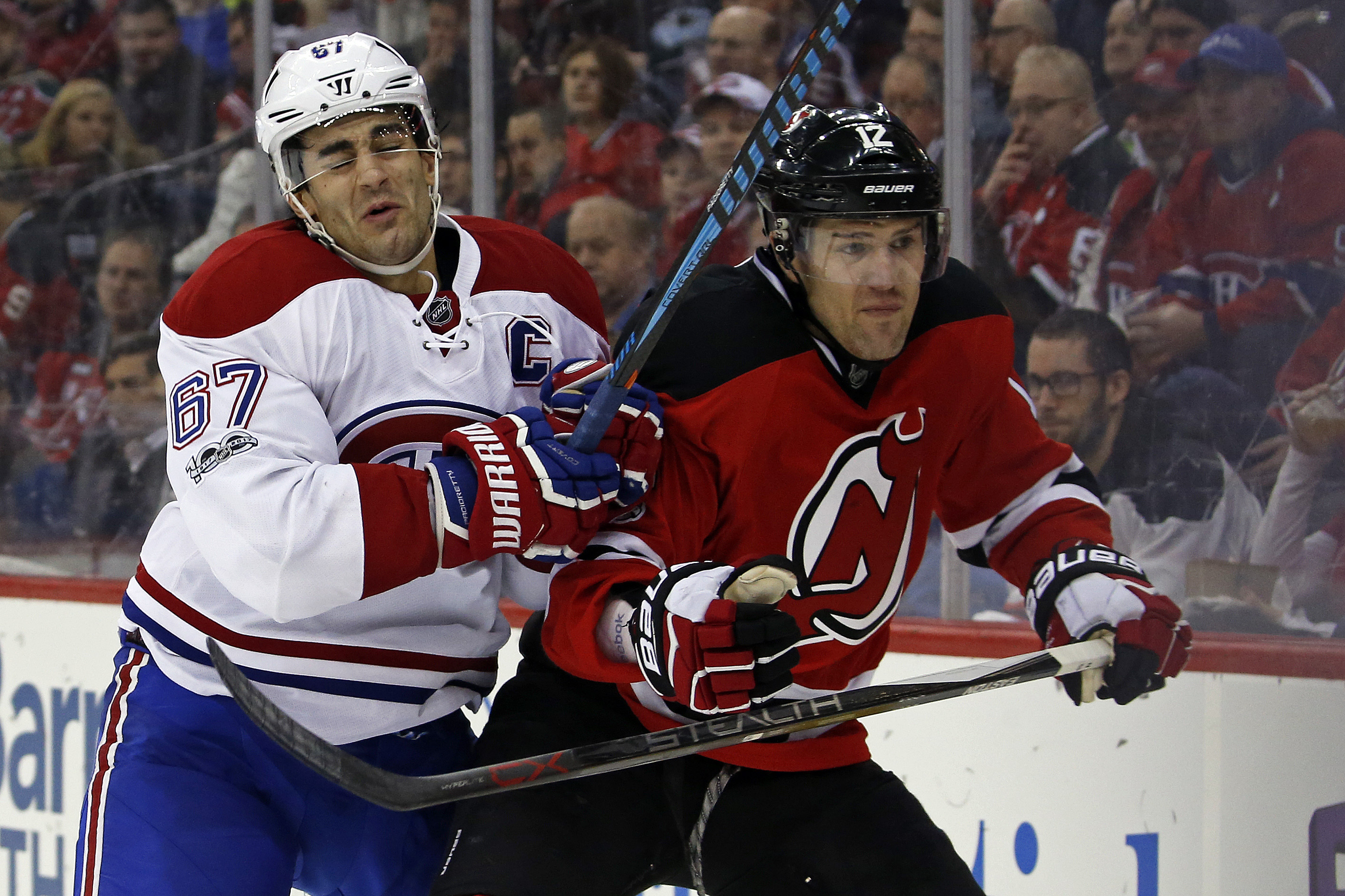 9826324-nhl-montreal-canadiens-at-new-jersey-devils