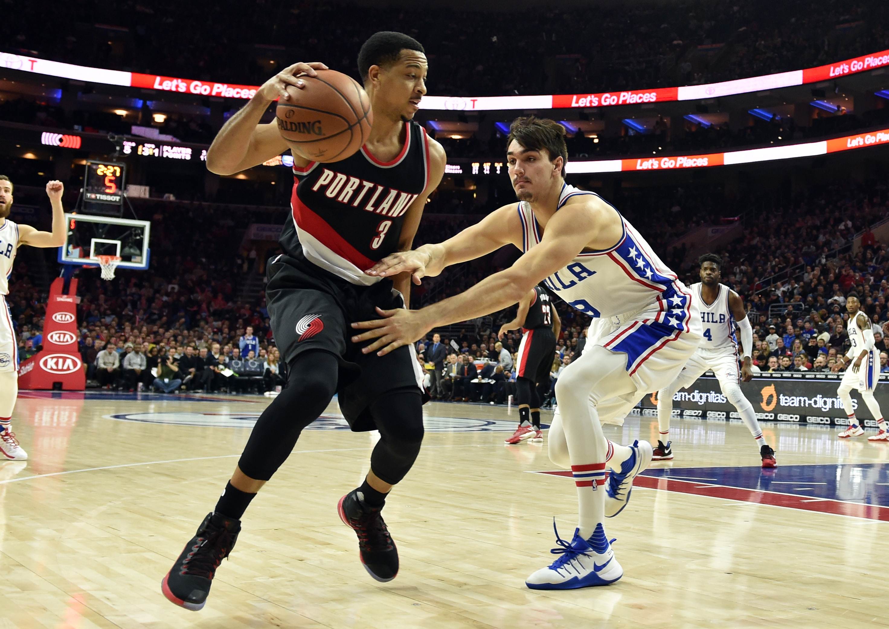 9826517-nba-portland-trail-blazers-at-philadelphia-76ers