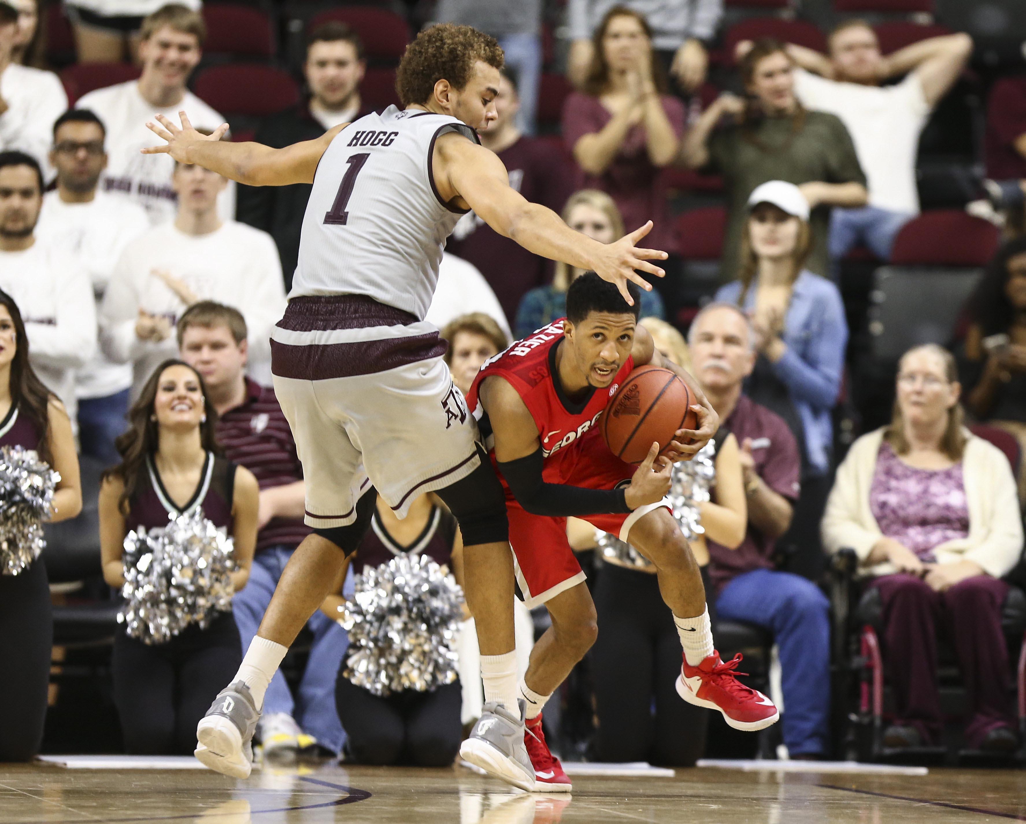9827155-ncaa-basketball-georgia-at-texas-aampampm