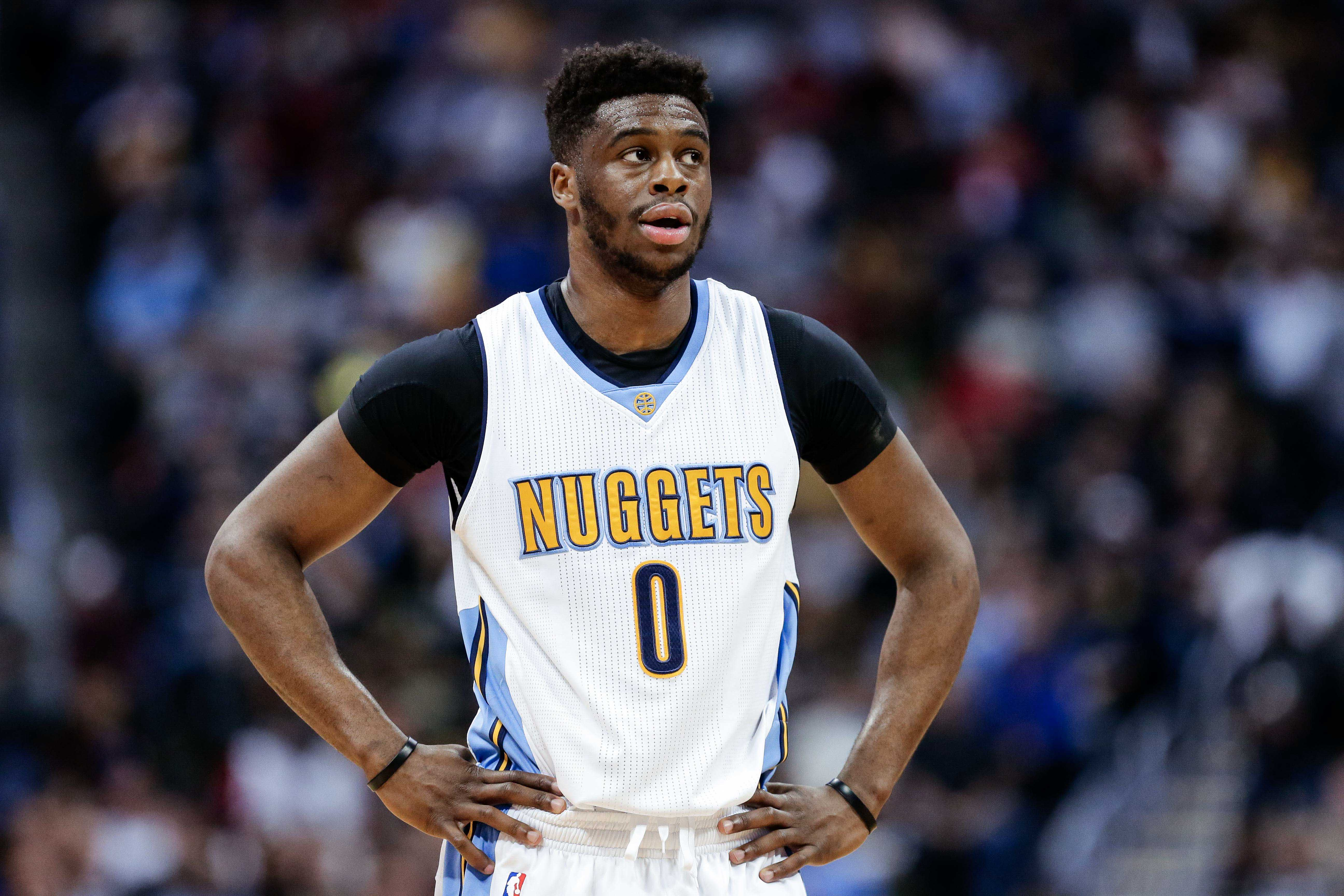 9838807-nba-los-angeles-clippers-at-denver-nuggets