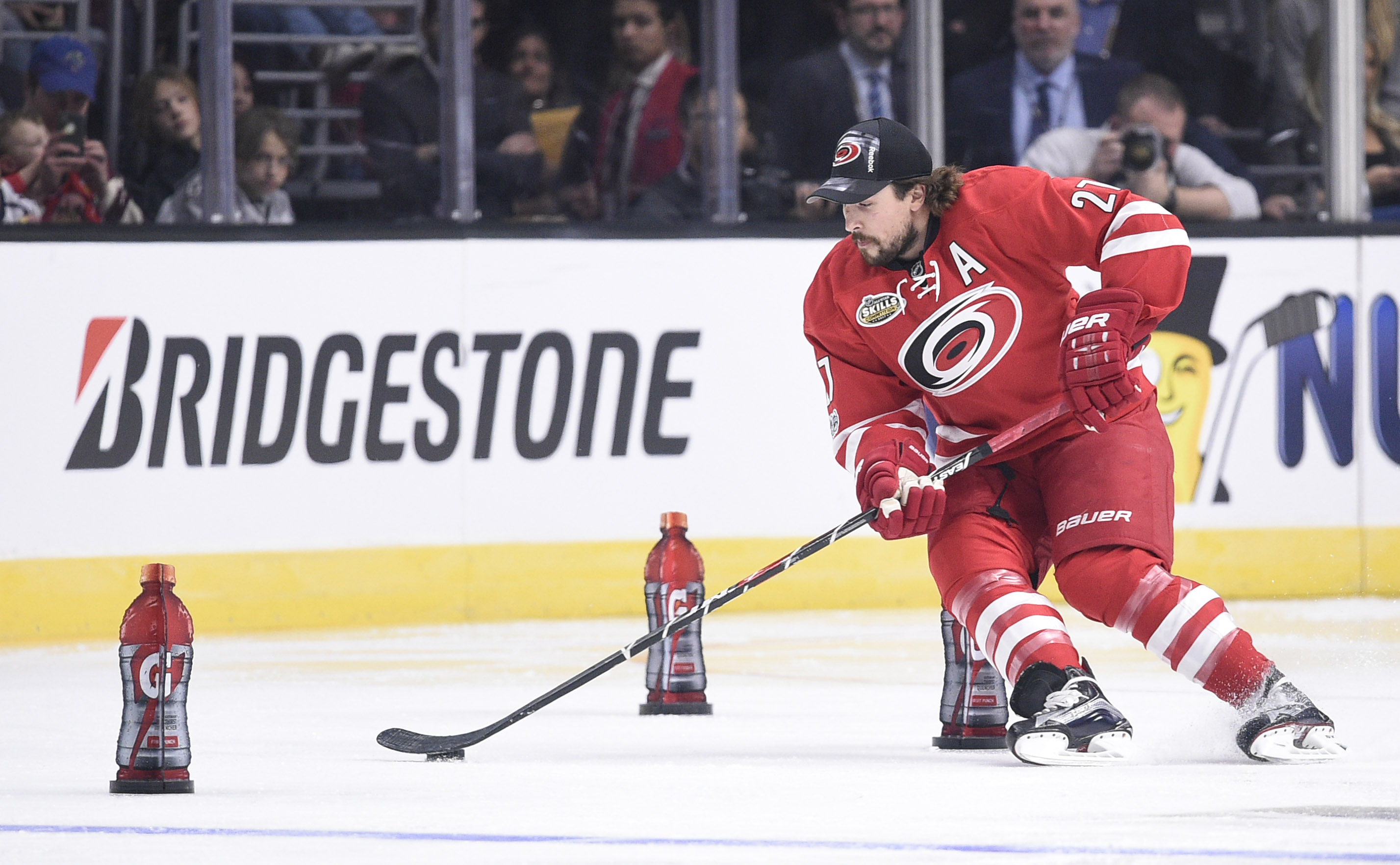 9844526-nhl-nhl-all-star-game-skills-competition