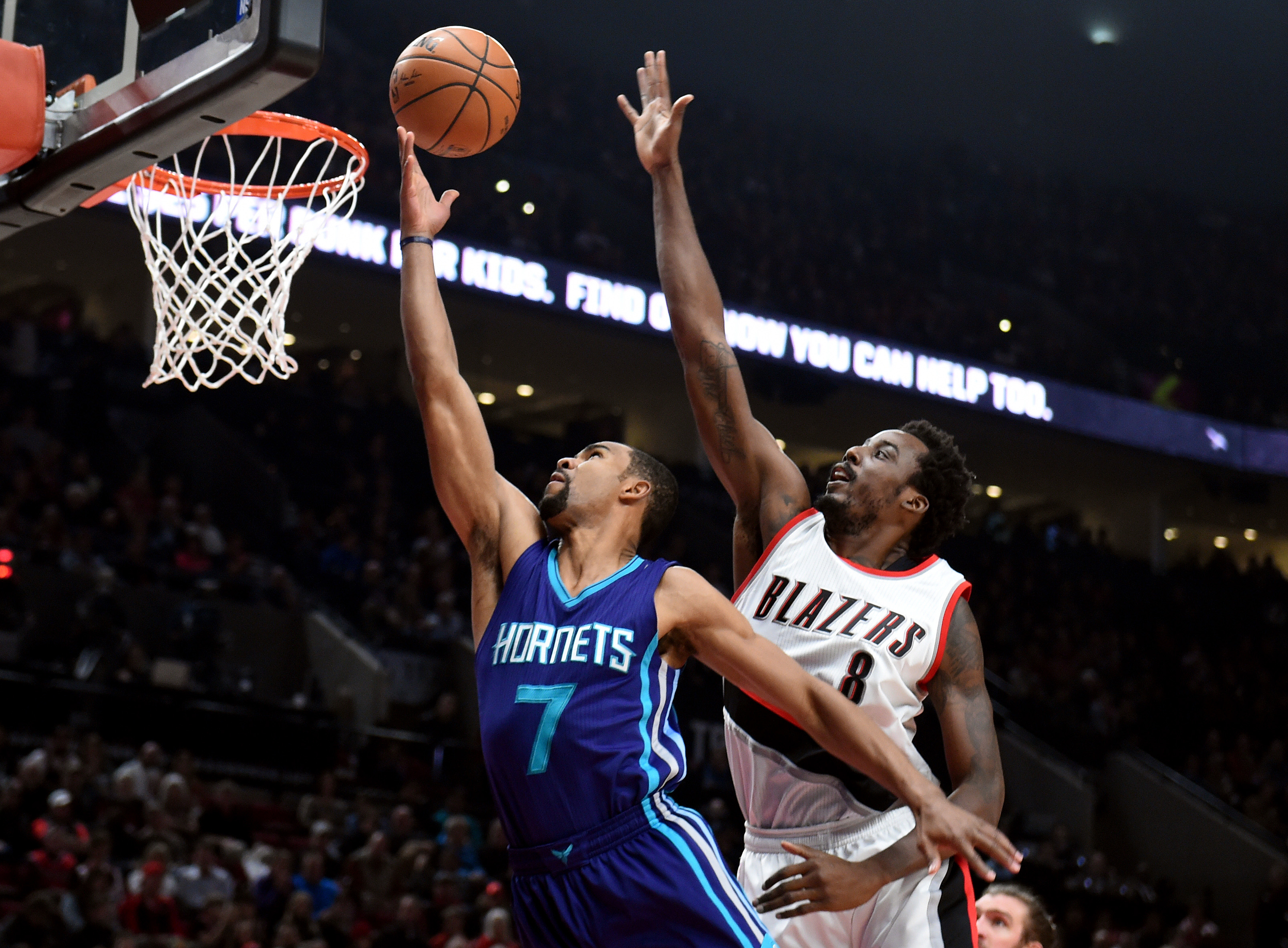 9851621-nba-charlotte-hornets-at-portland-trail-blazers