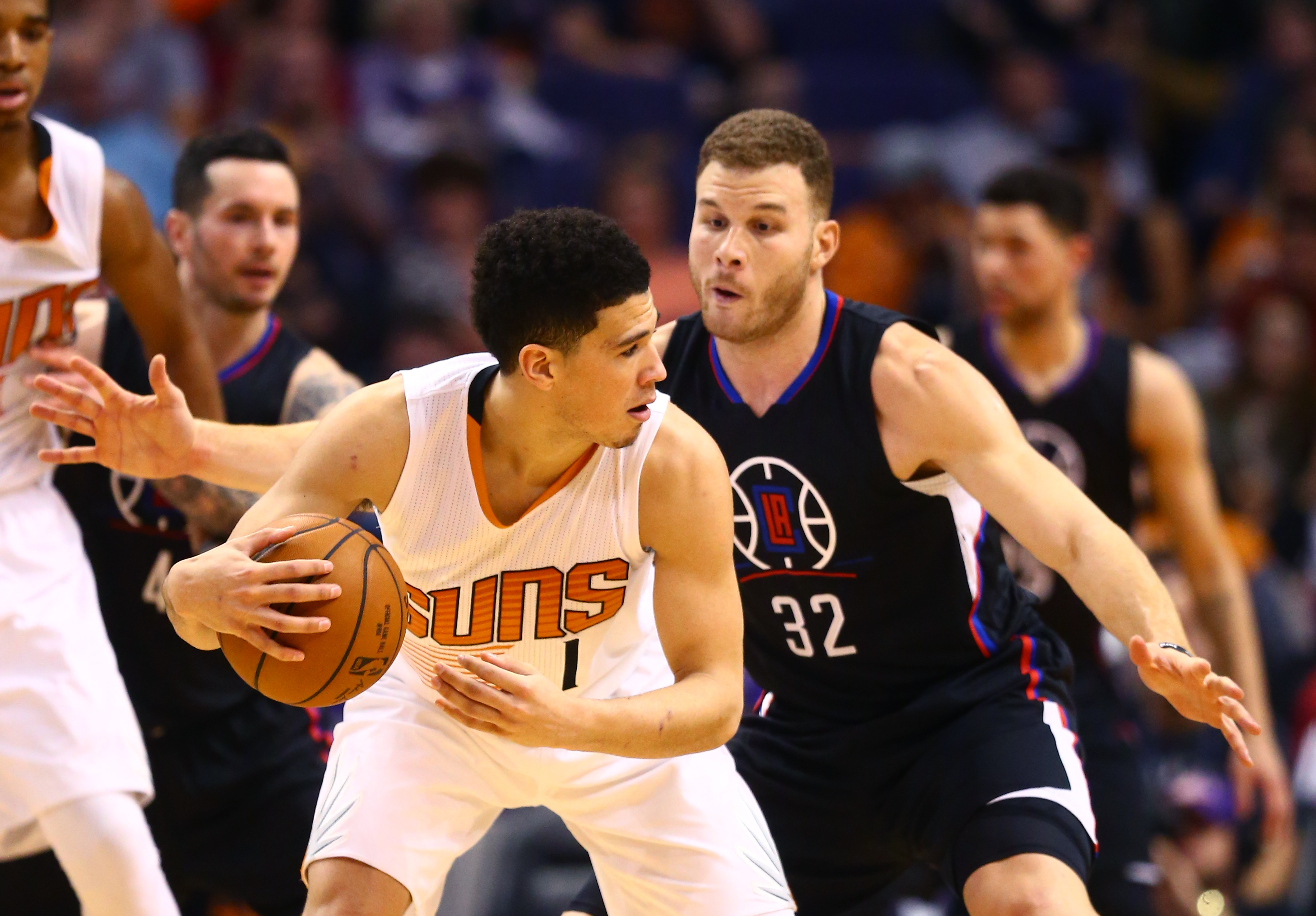 9853434-nba-los-angeles-clippers-at-phoenix-suns