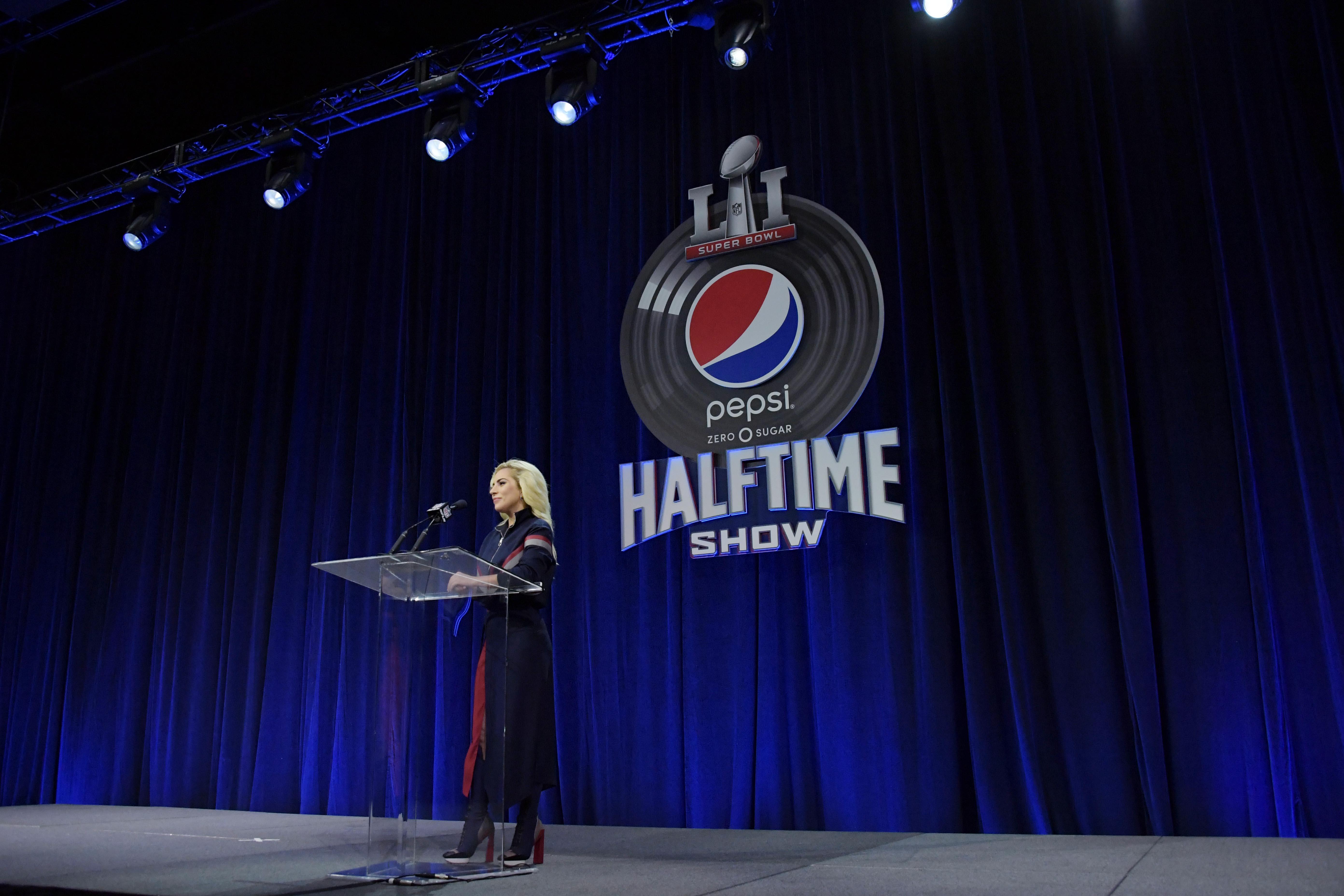 9853870-nfl-super-bowl-li-halftime-show-press-conference