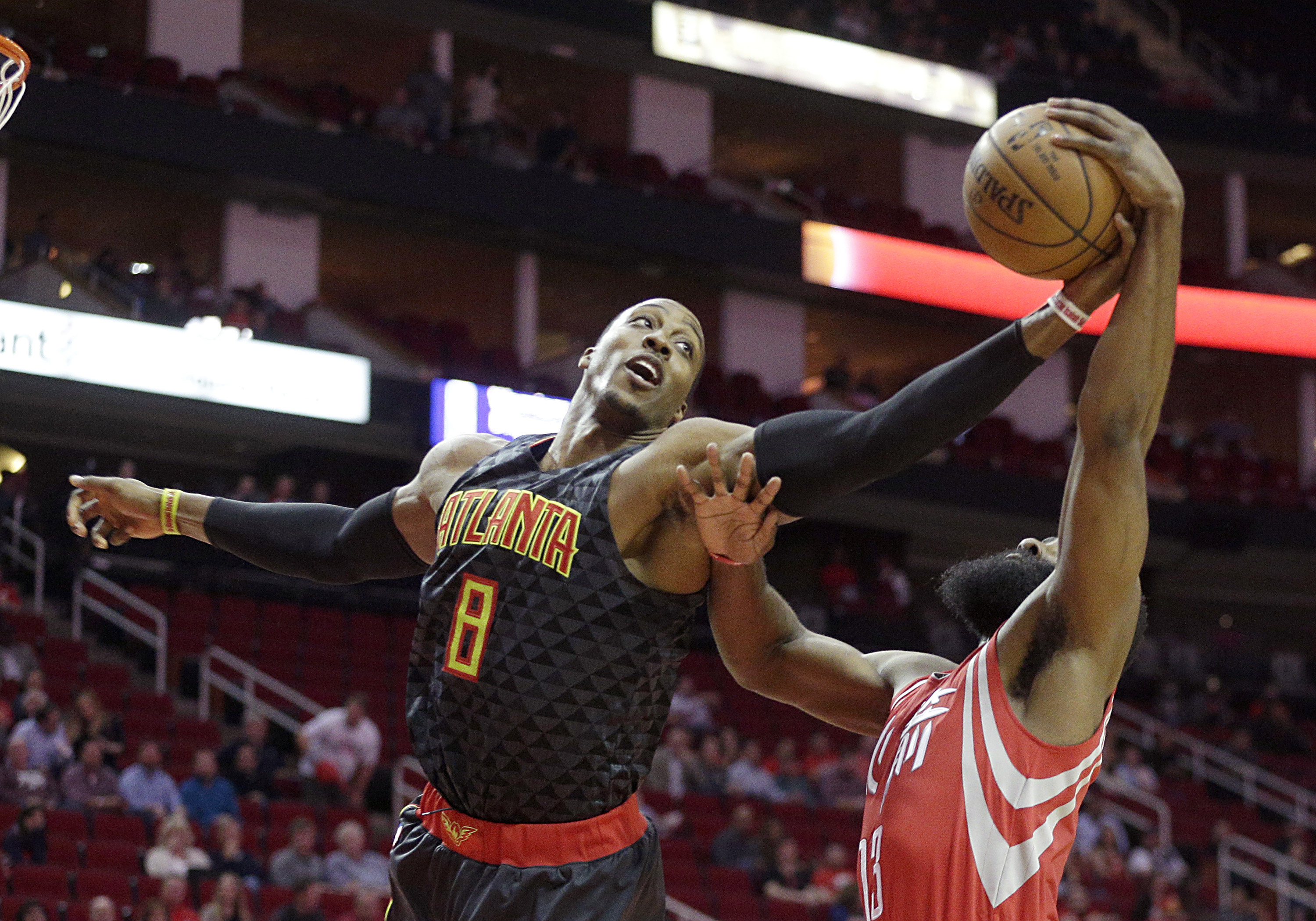 9854136-nba-atlanta-hawks-at-houston-rockets