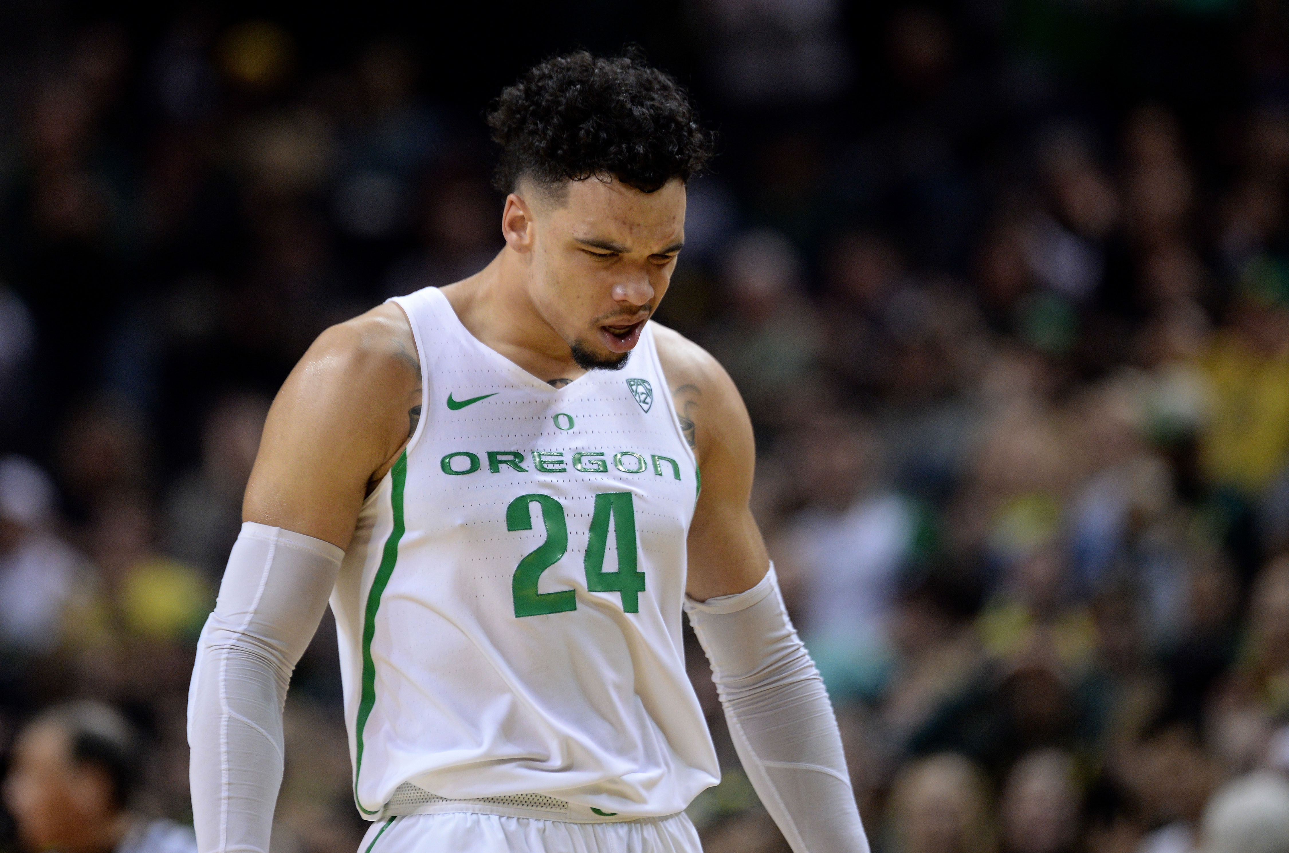 Dillon Brooks Leads Oregon Ducks To 71-70 Win Over Feisty ...